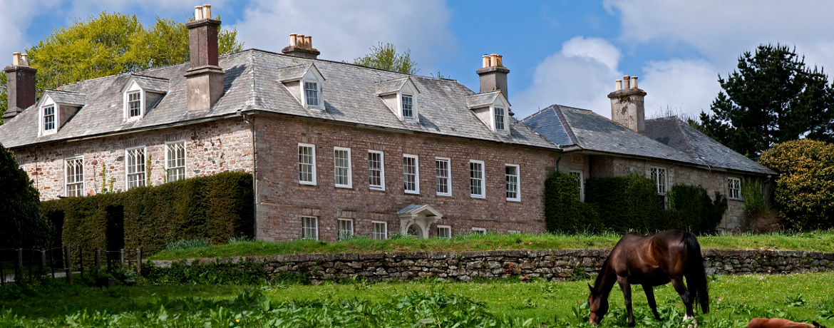 national-trust-house-cornwall.jpg