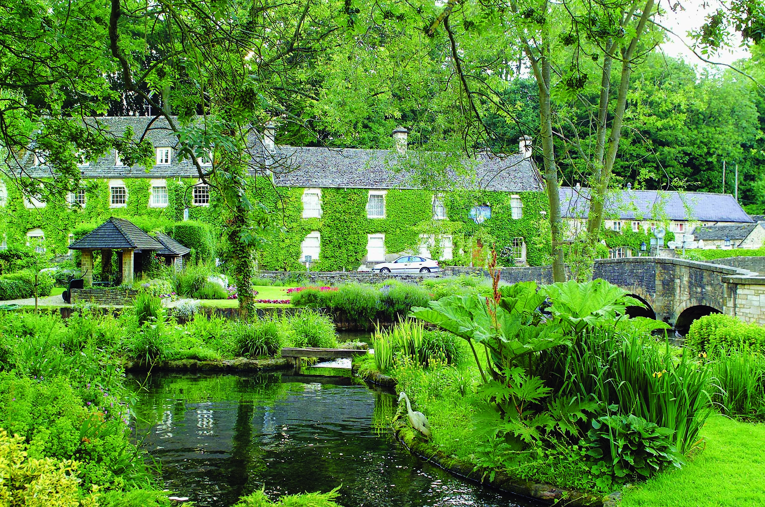 Bibury Trout Farm 02.jpg