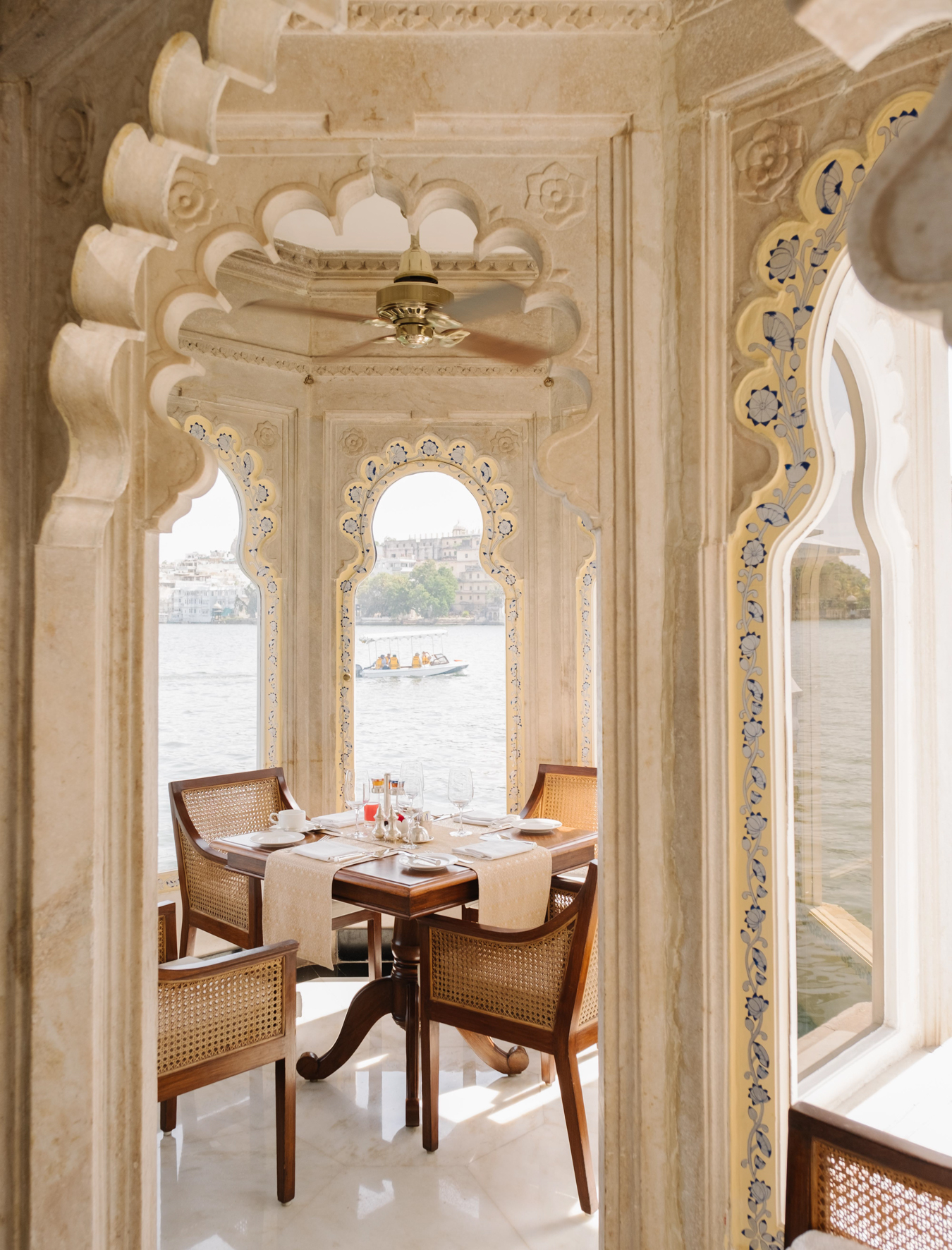TAJ LAKE PALACE UDAIPUR VIA TOLILA