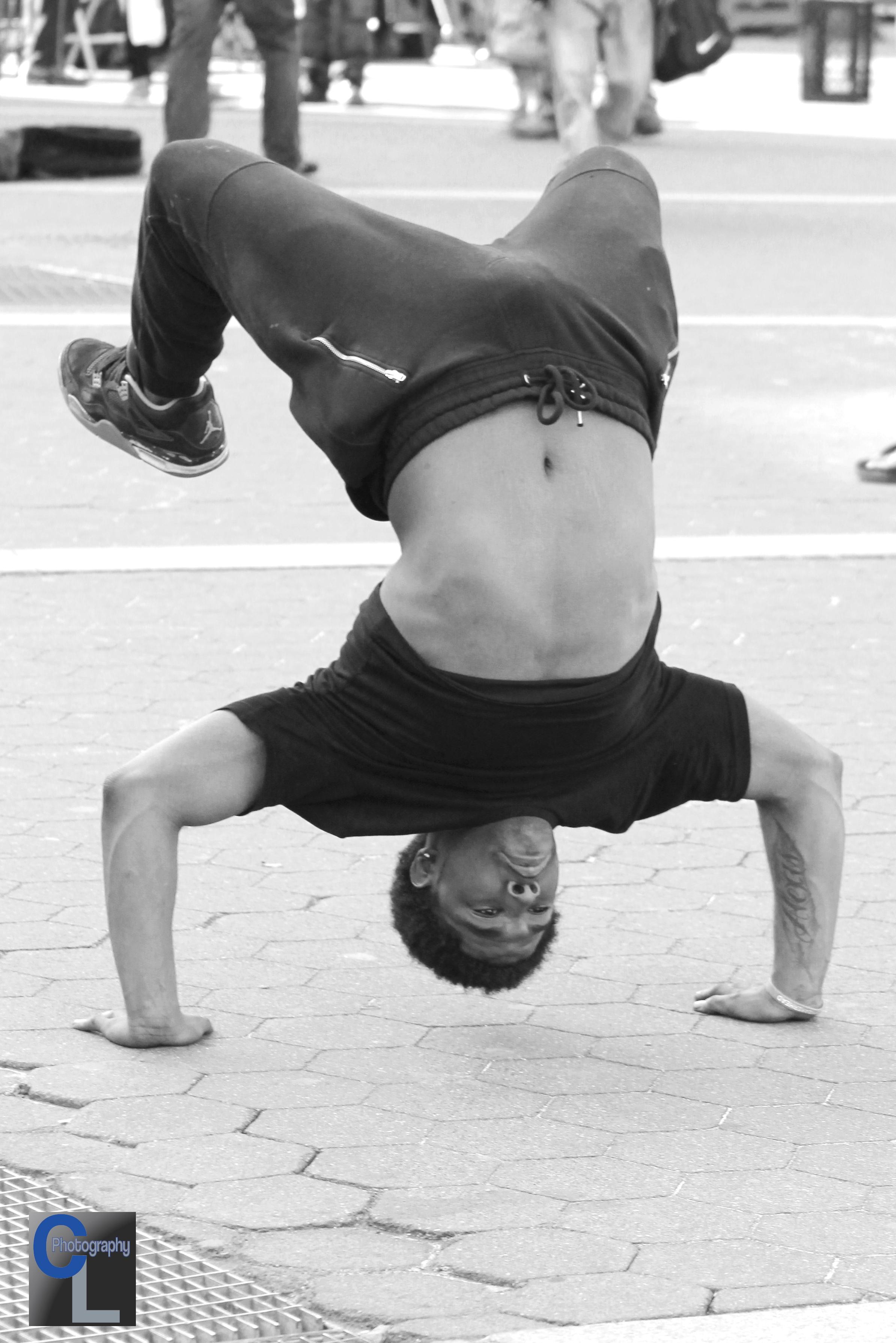 IMG_7870 dancer U sqrclp.JPG
