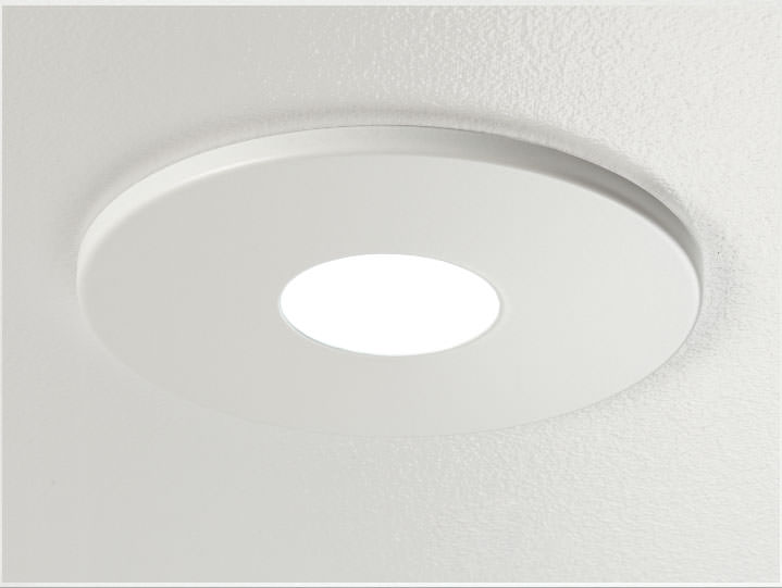 Round Pinhole Downlight in Matte White with Micro Prism Solite Lens