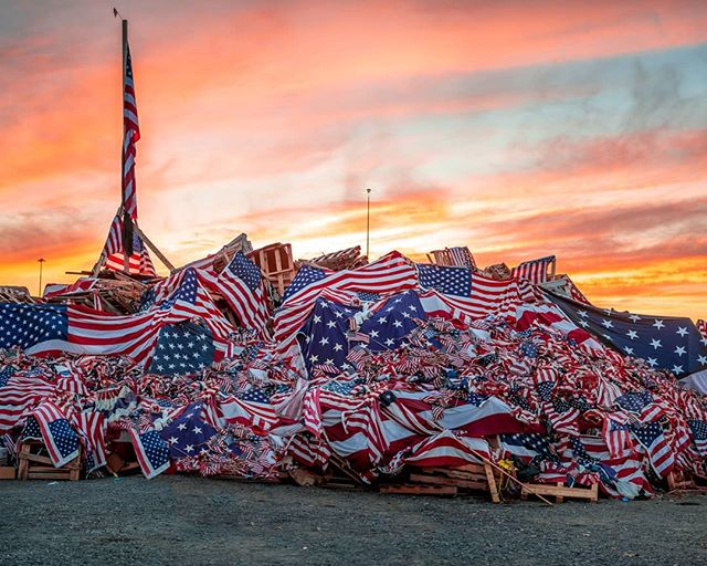 Sunset at the #watchfire #memorialday #service #armedforcew #flag #usa #remember #freedom #photography #sunset