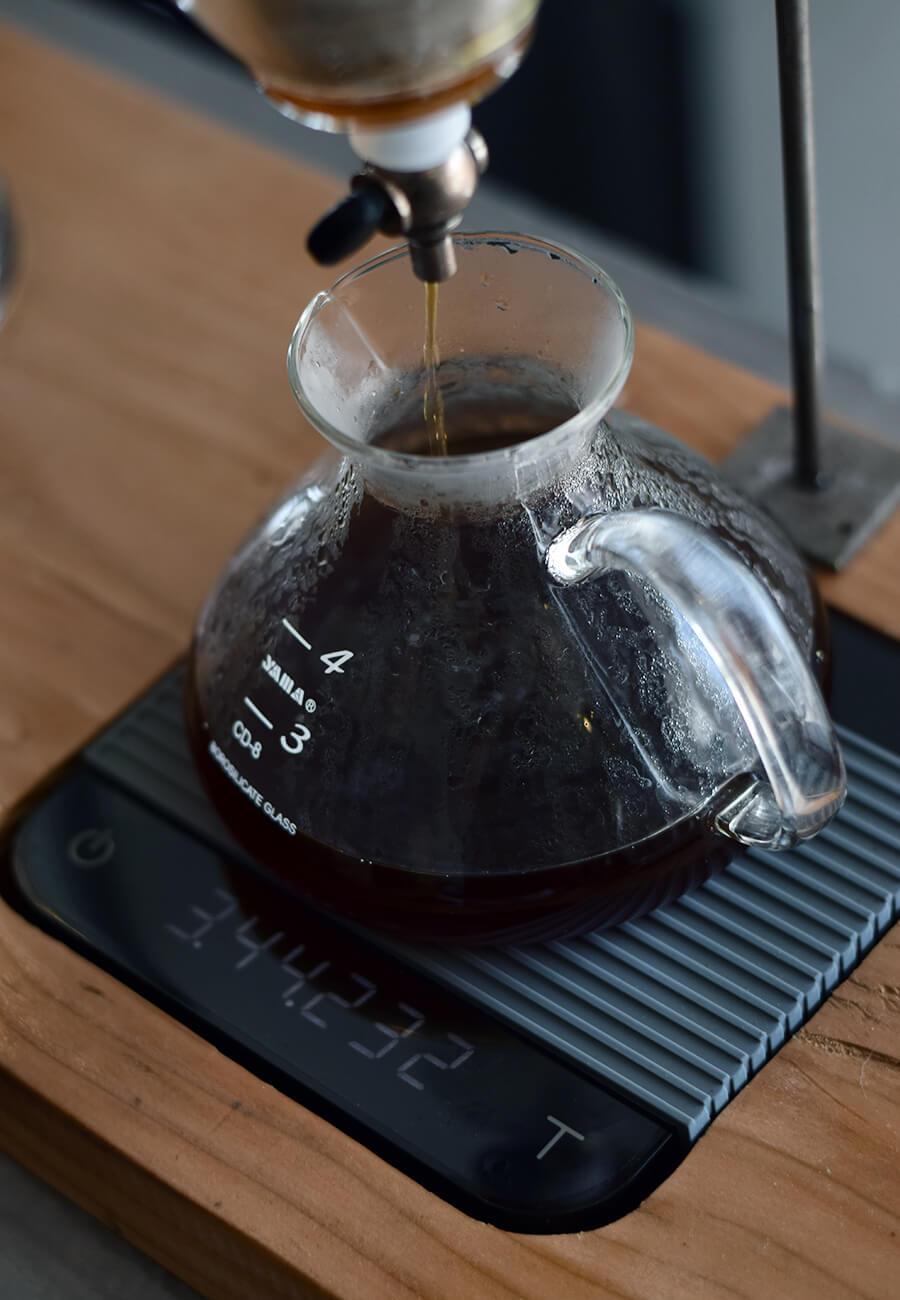 Coffee_Lab_Los_Cabos_Making_Coffee_Drop-1.jpg