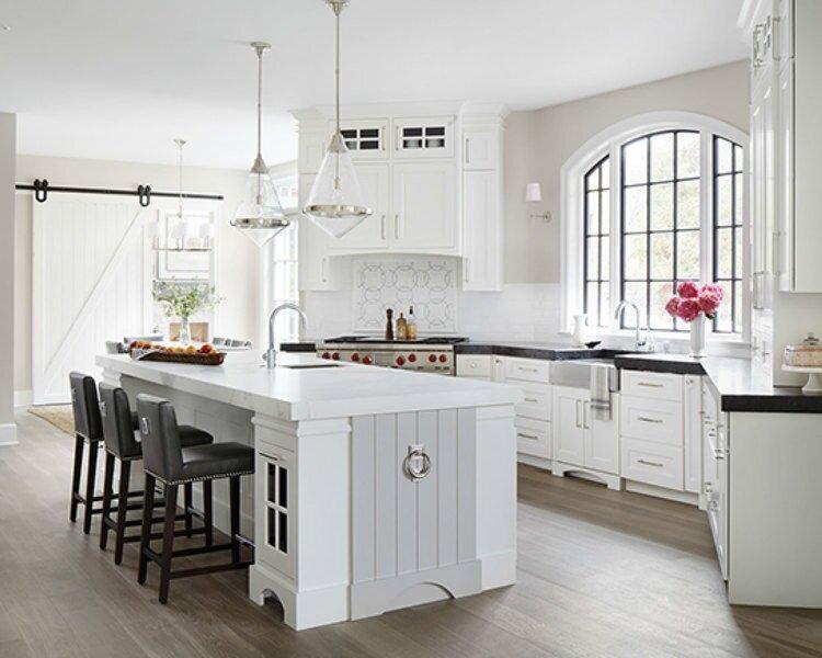 Metropolitan Kitchen Photo Without Mgazines.jpg