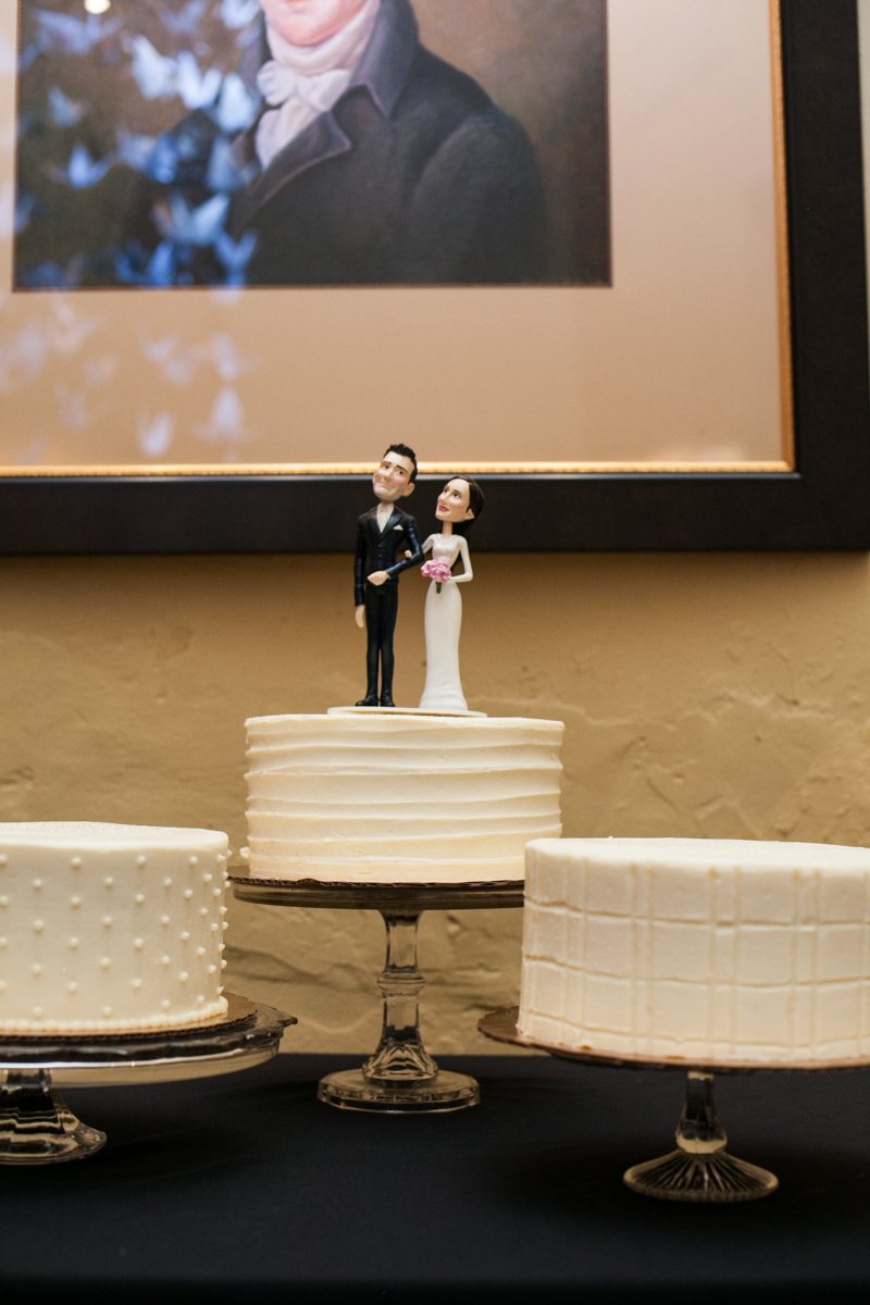 New Orleans weddings cake