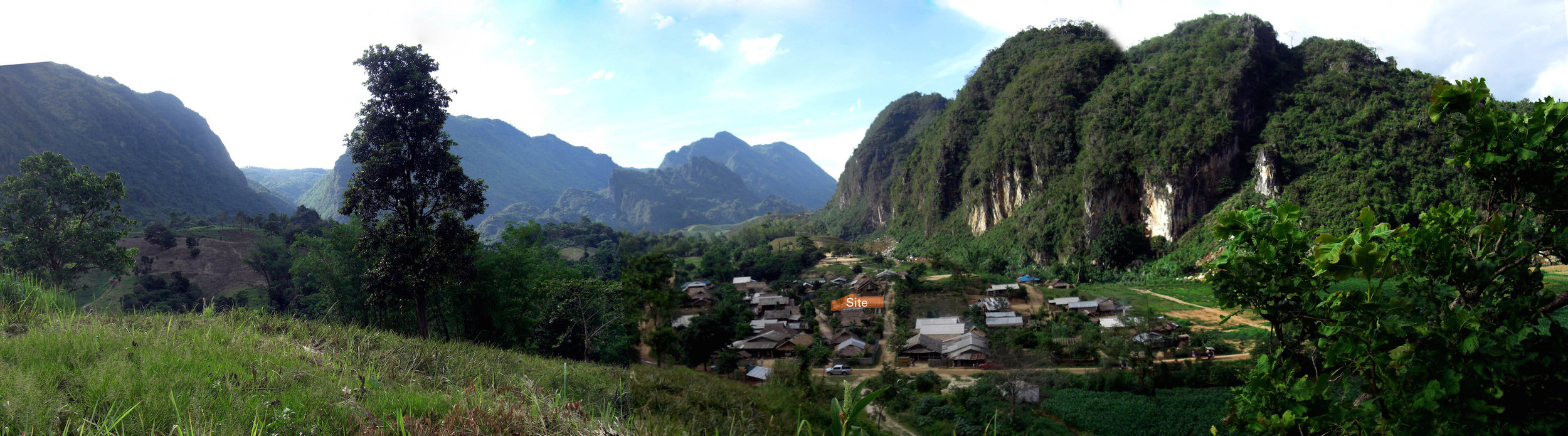 Akha_Village_5site.jpg