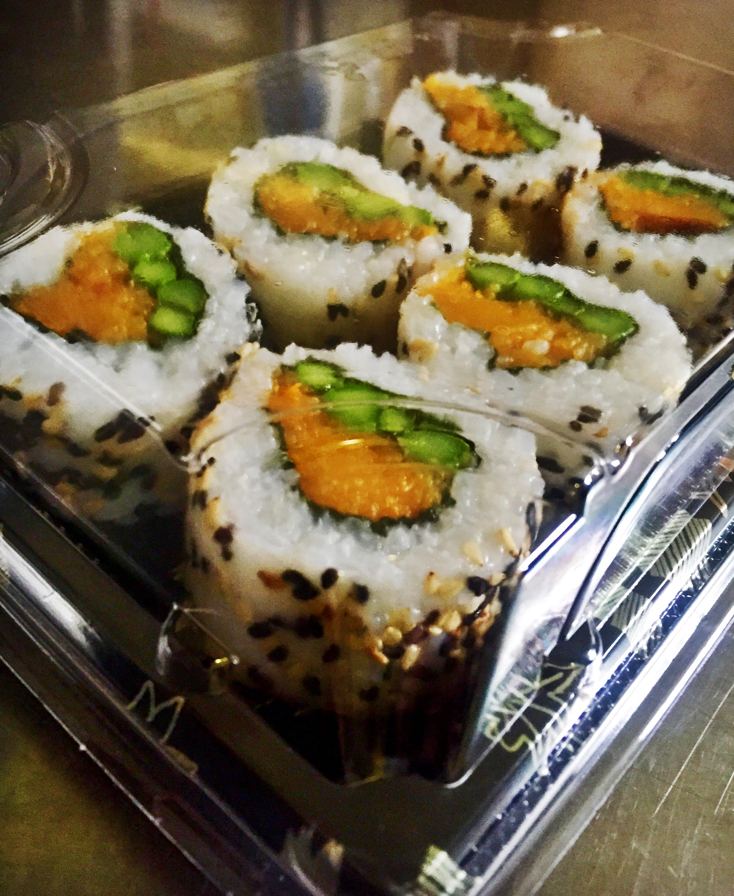 6 x Butternut Squash, Asparagus & Sryracha Hot Sauce Inside Out Rolls - £5