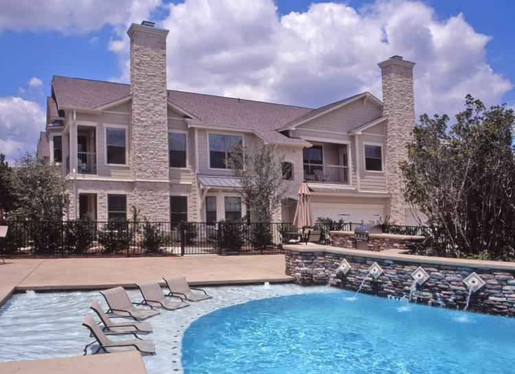 pool area 02.jpg