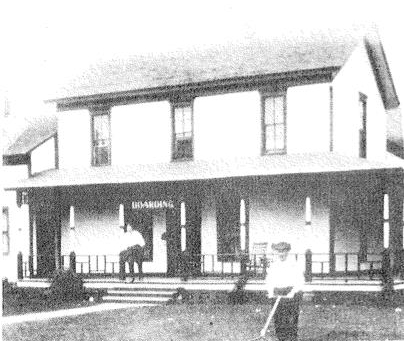 Comstock House - 1920 (Before being torn down)