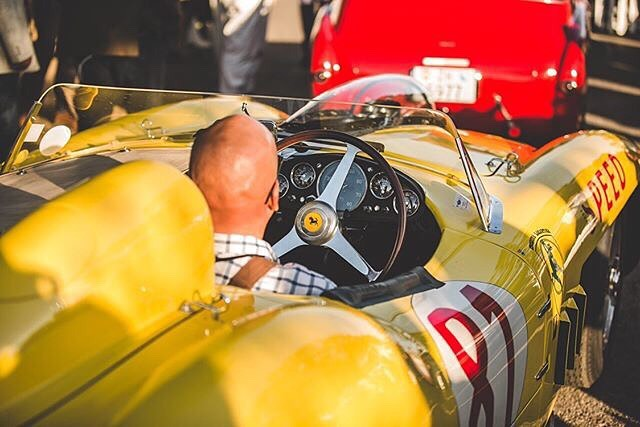 #mrpotatohead #pointywinsprizes #giveyourlocalbaldyastroke #ohlook #a #yellow #car  #!!! #enoughaboutme #letstalkaboutmeforabit #radialengine #noitisnt #ferrarimcferrariface #290mm #vintageisbest #bestdayatworkever #george&mildred