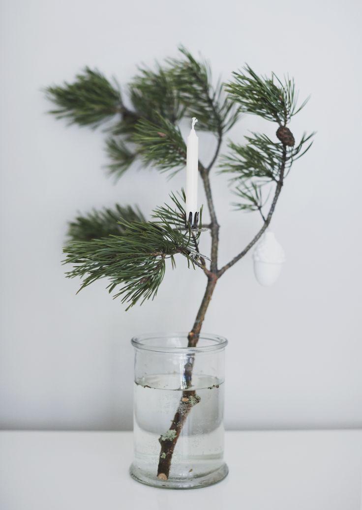 Christmas mantle.jpg