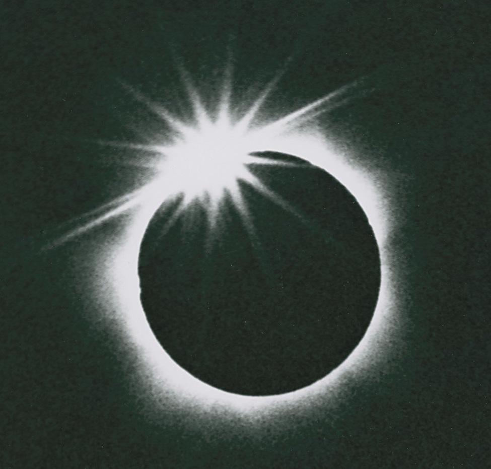 eclipse_diamond_ring.jpg
