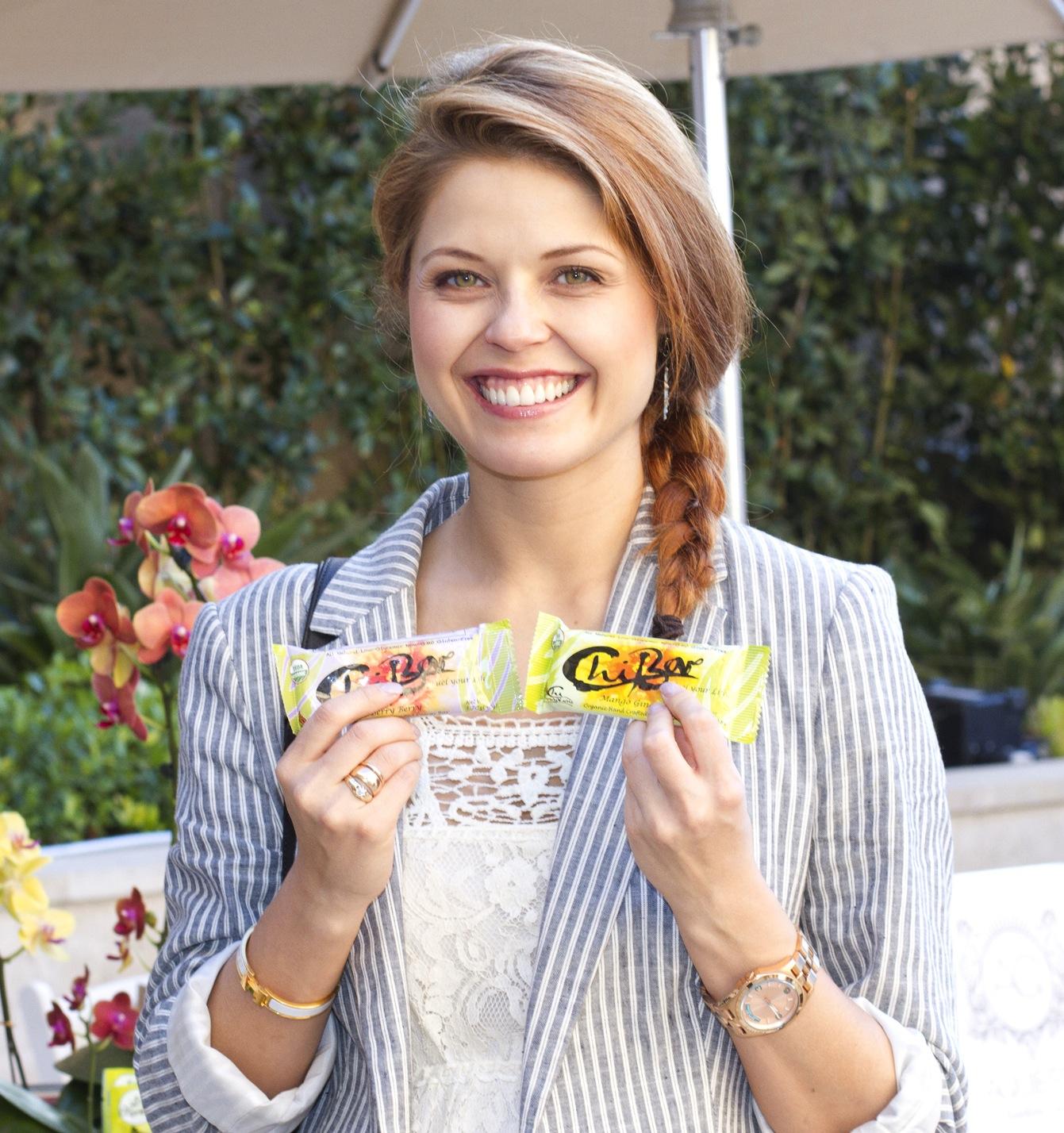 Anna Trebunskaya & ChiBar.jpg