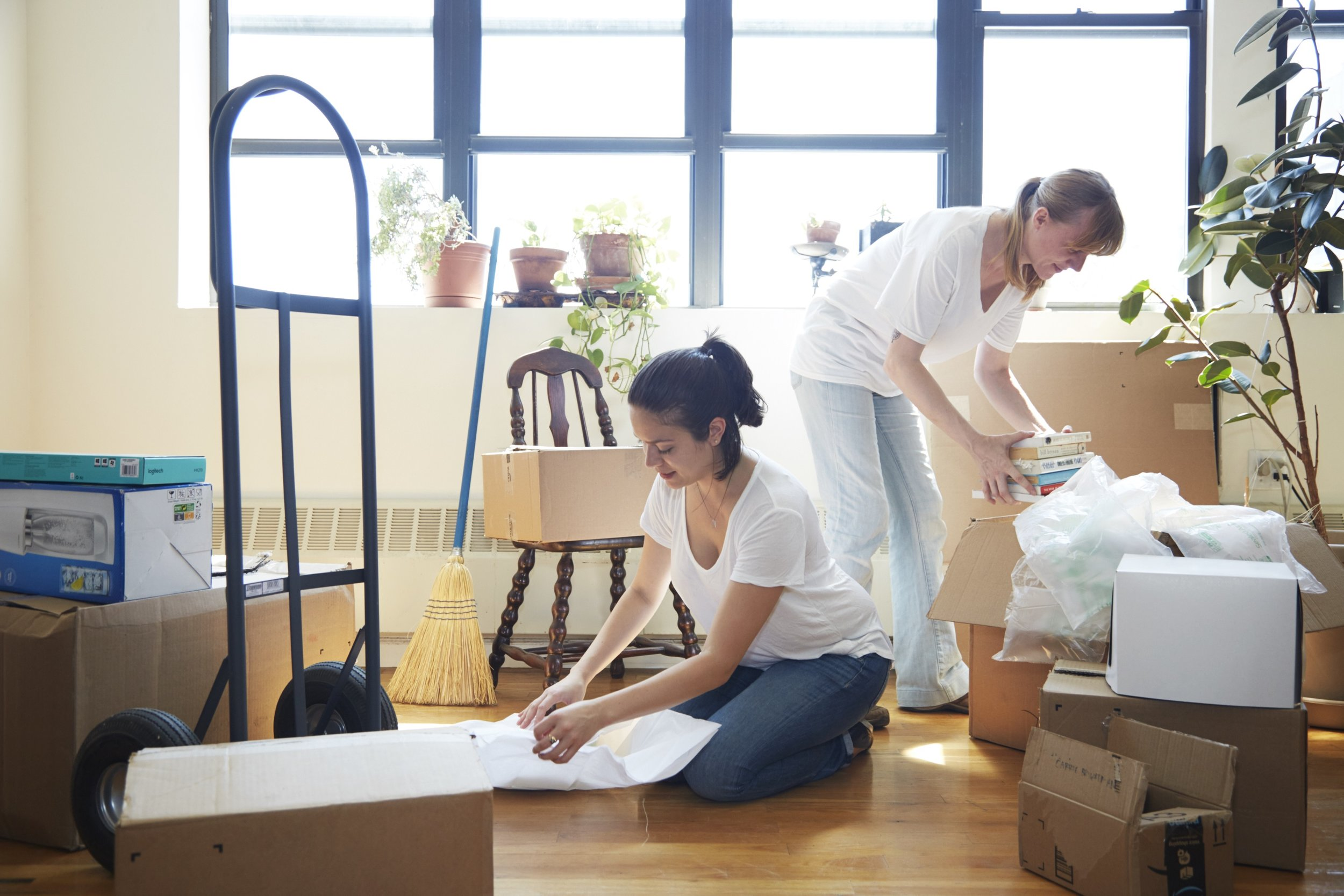 Move Management - Need an extra hand or two (or six)? deVivre Concierge can handle your move from start to finish so that you can get perfectly settled without lifting a finger.