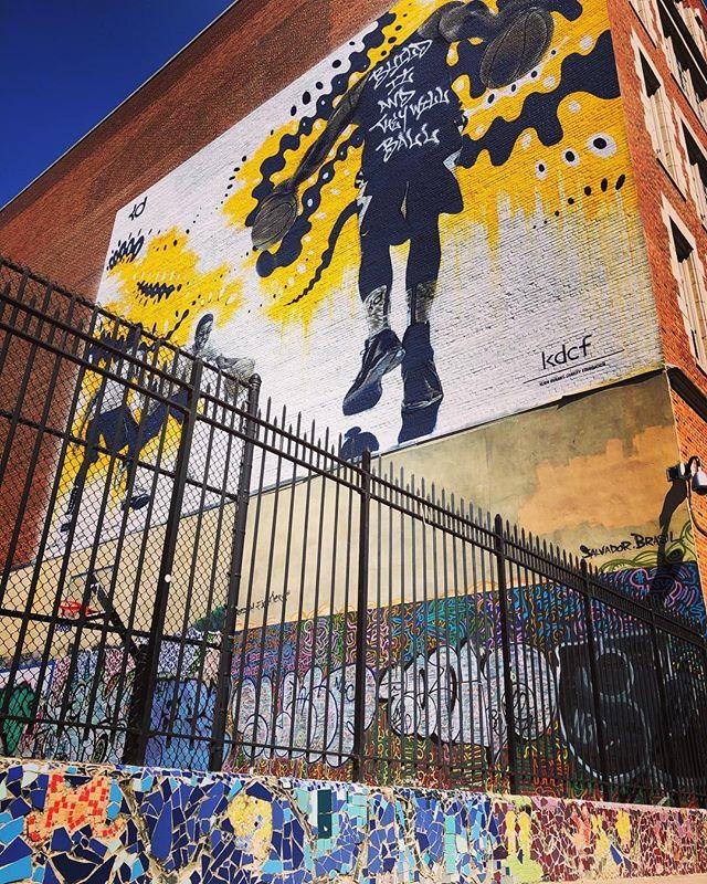 Art is everywhere. . . . #lookup #conciergelife #humpdayvibes #artoftheday #builditandtheywillball