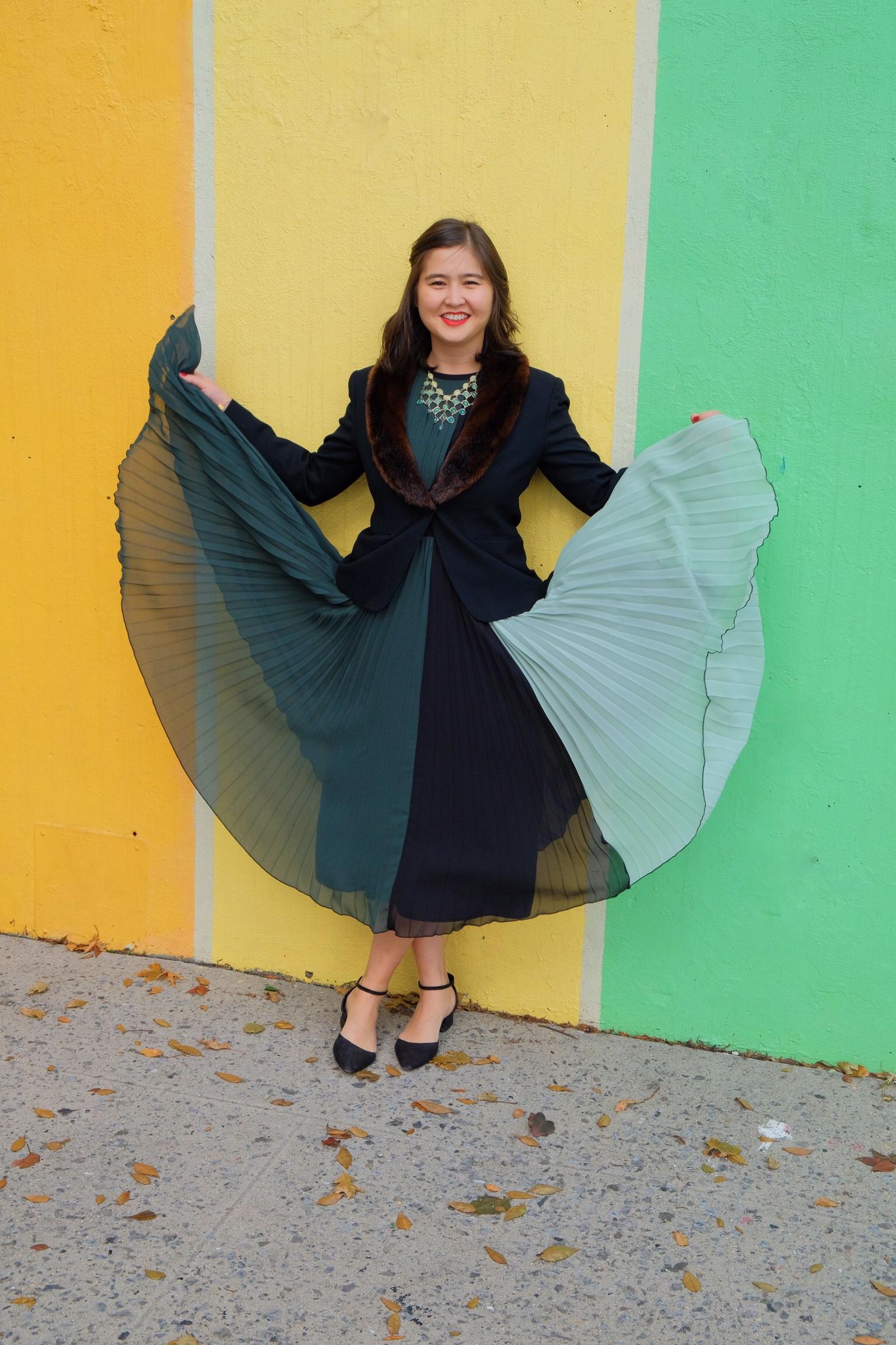 colorblock pleated midi dress