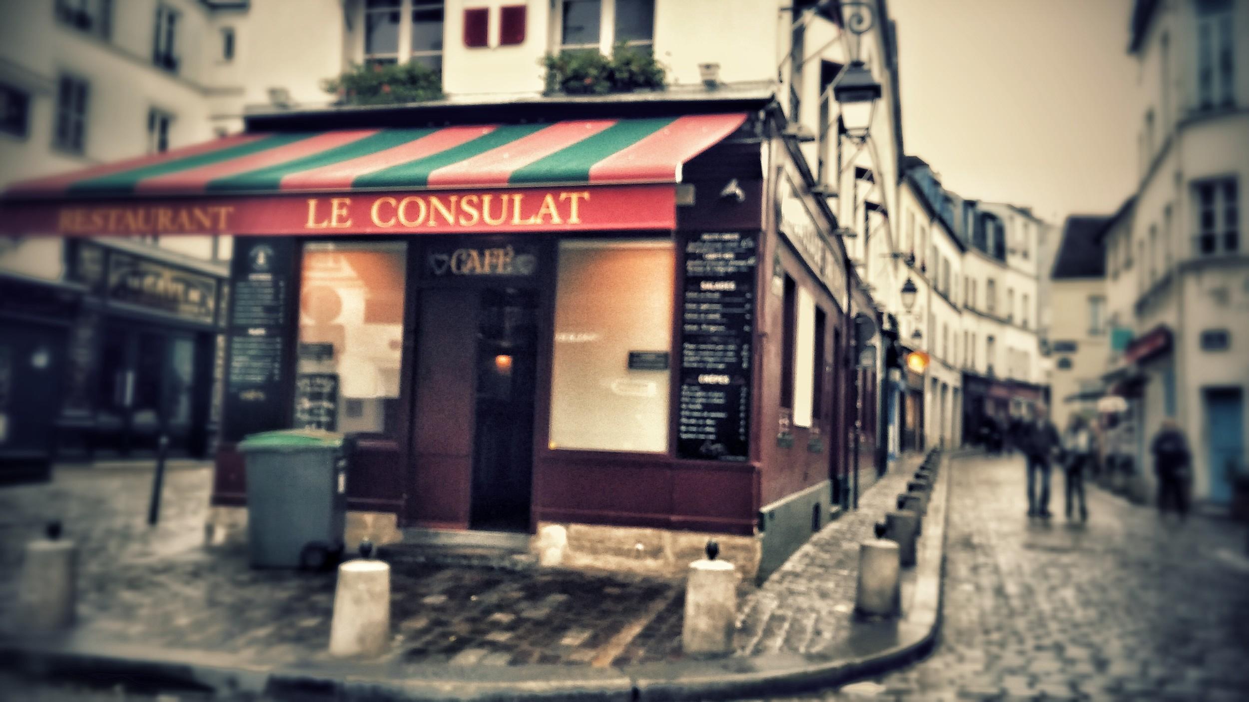 Le Consulat  in Montmartre