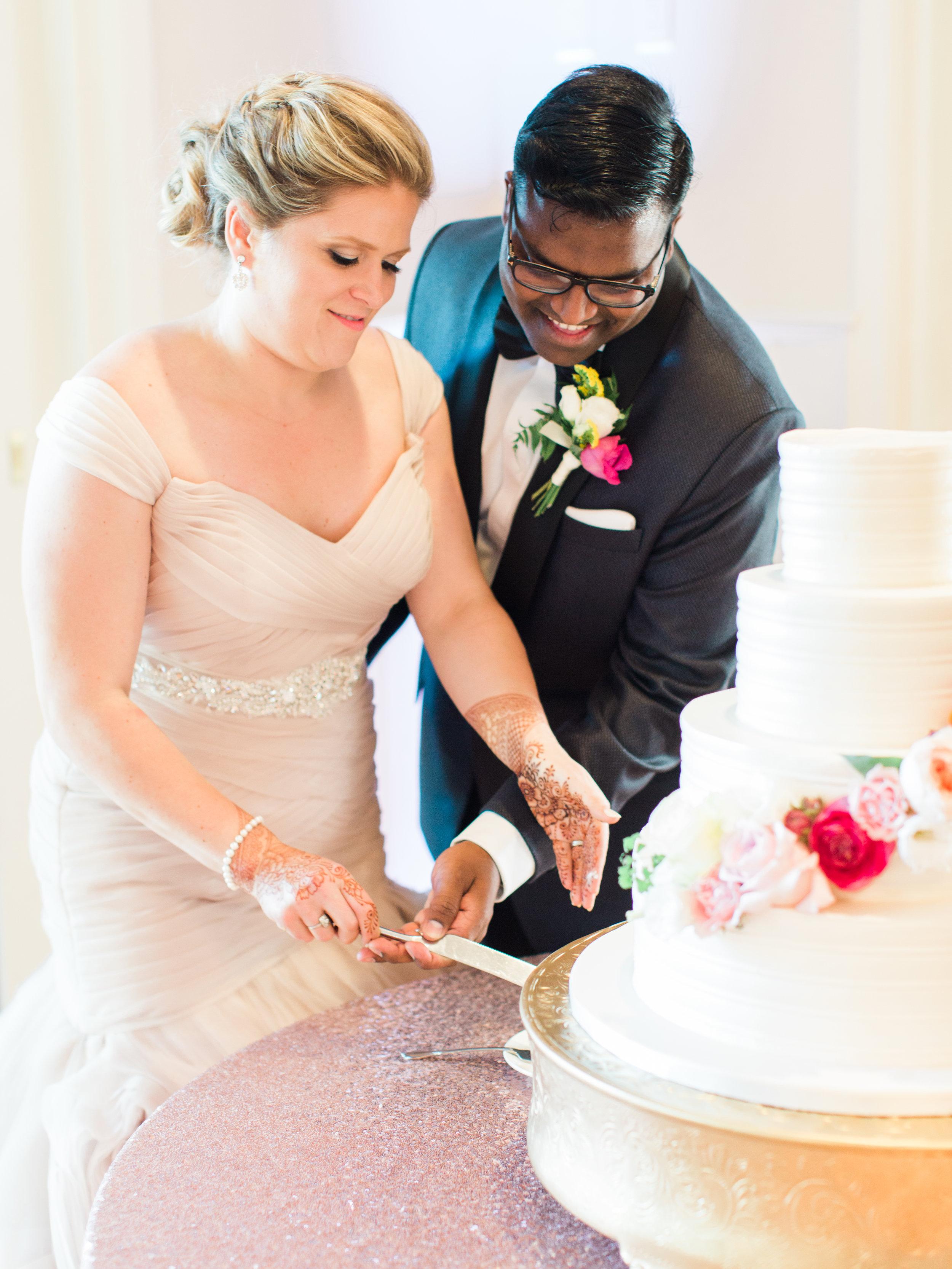 Govathoti+Wedding+Reception+Cake+Cutting-9.jpg