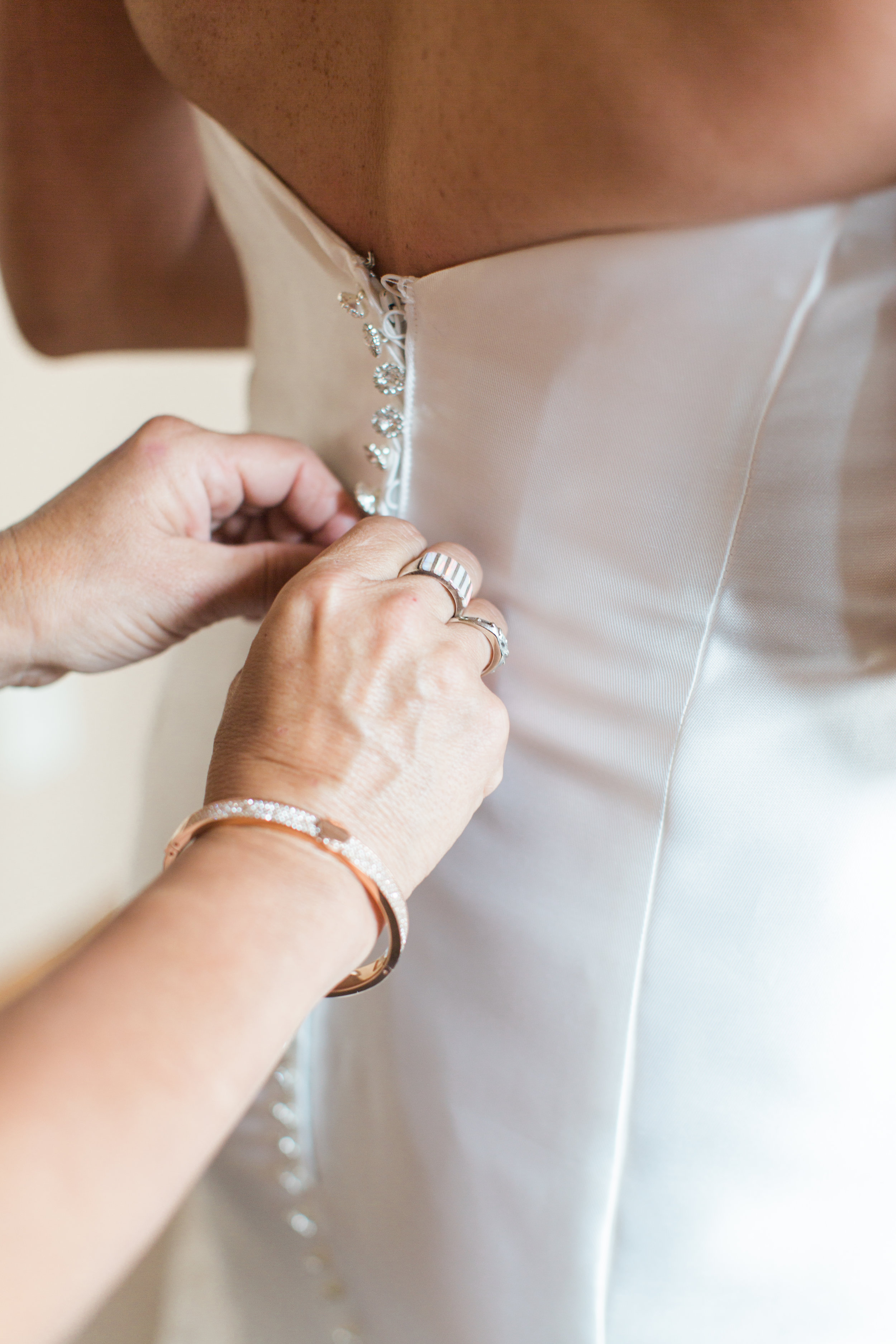 Kraft+Wedding+Getting+Ready+Girls-29.jpg