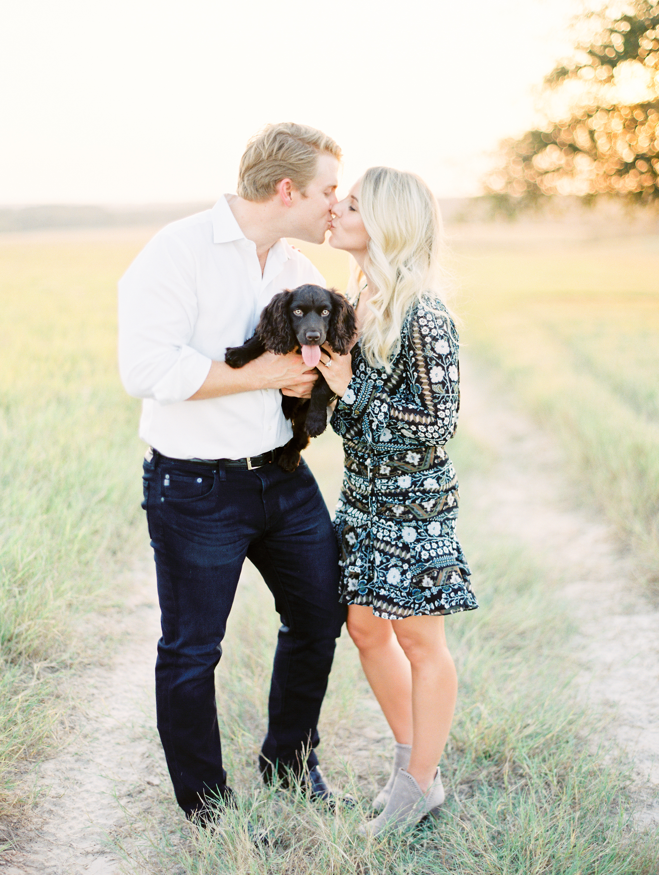 Lauren+John+Engaged+TX-37.jpg