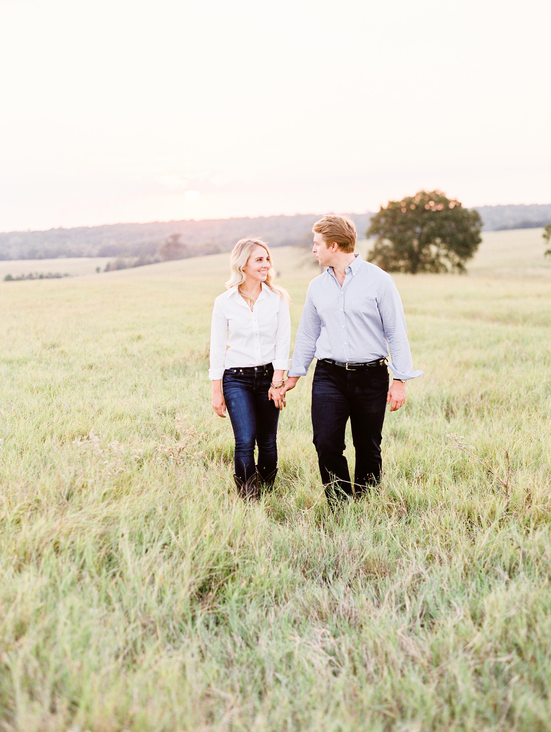 Lauren+John+Engaged+TX-121.jpg