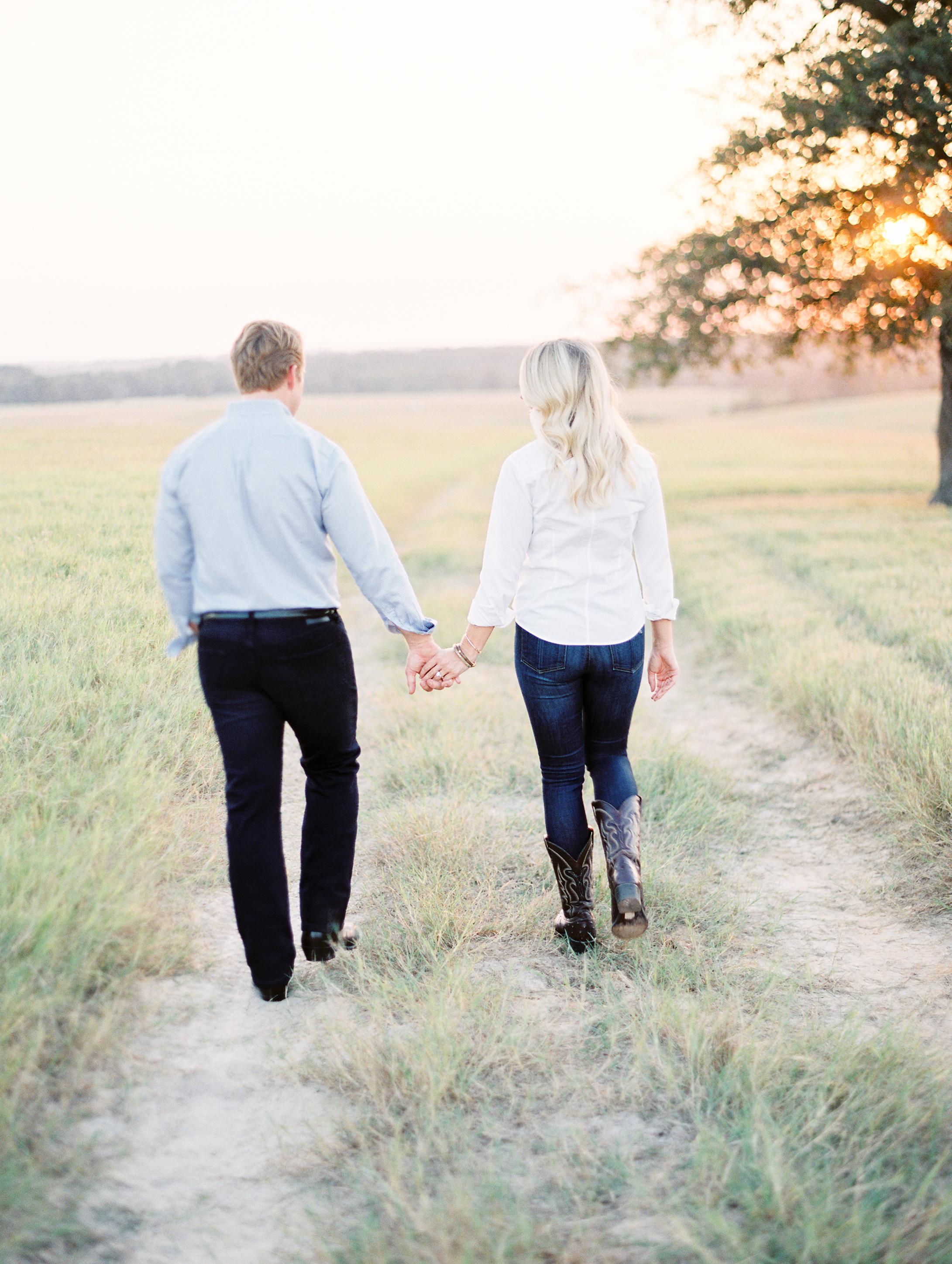 Lauren+John+Engaged+TX-15.jpg