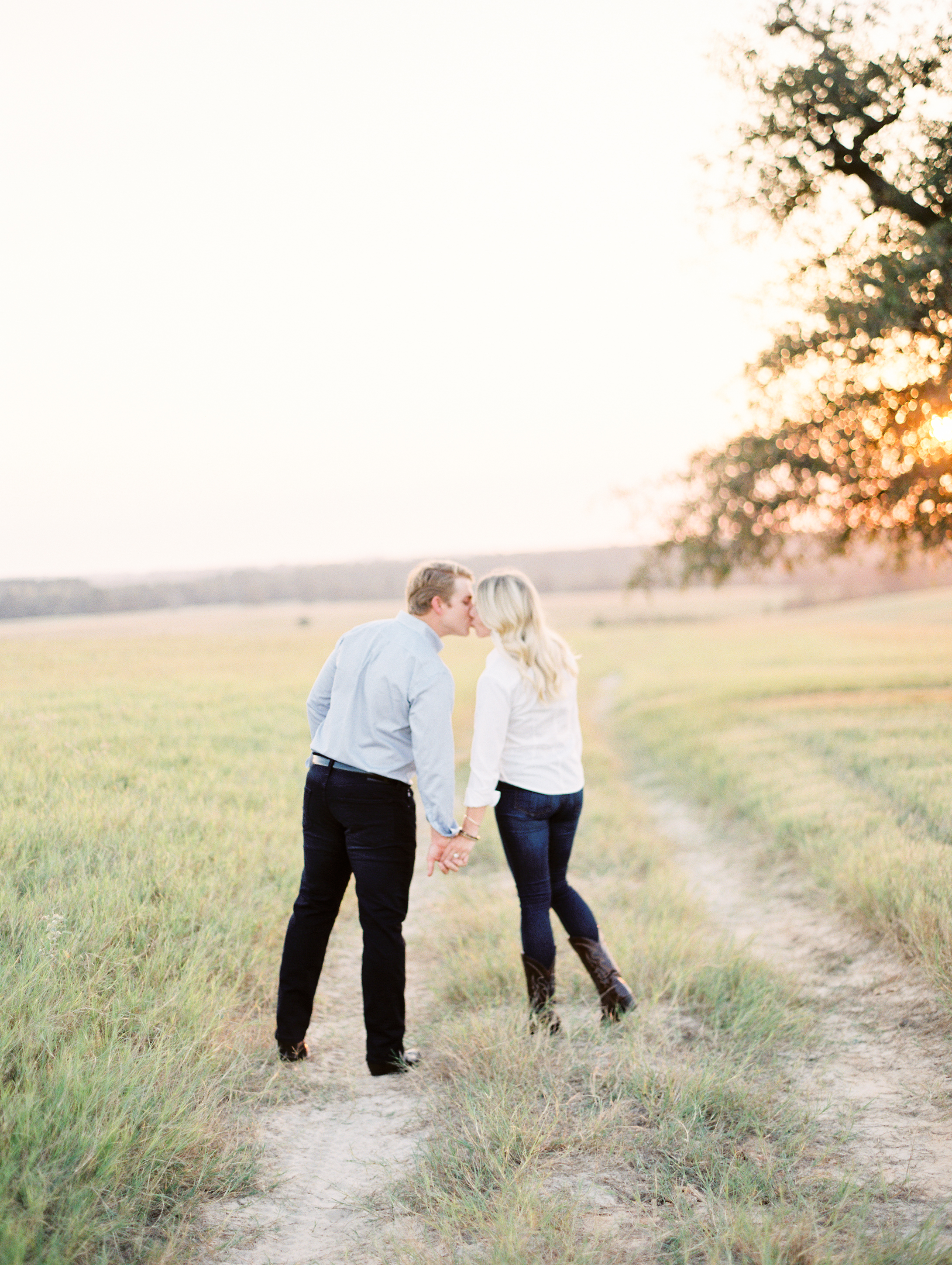 Lauren+John+Engaged+TX-16.jpg