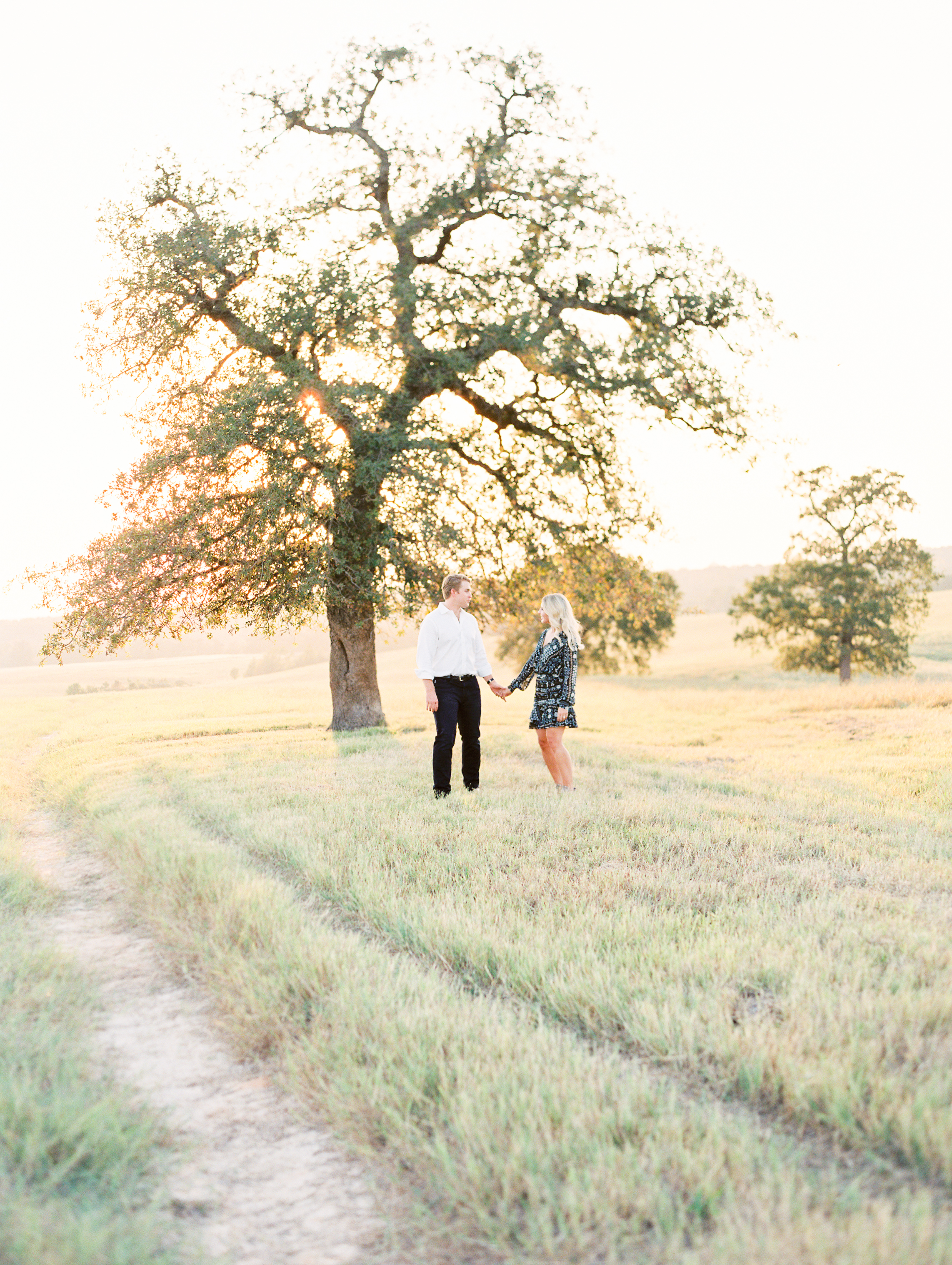 Lauren+John+Engaged+TX-52.jpg