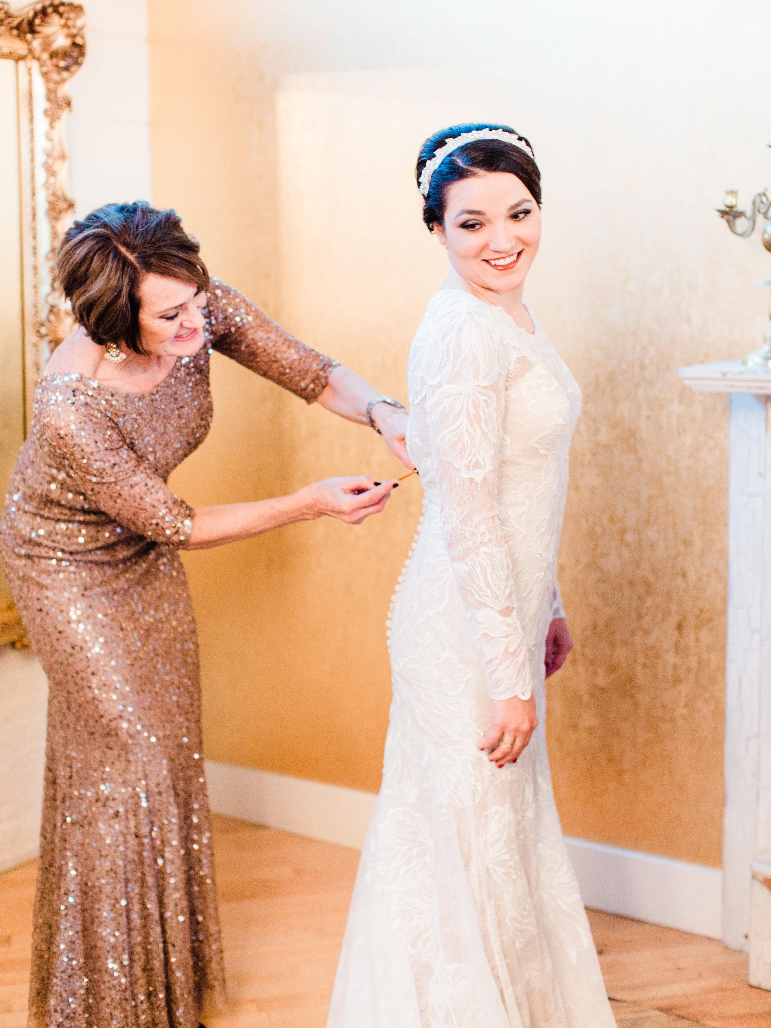 Vogelzang+Wedding+Getting+Ready-85.jpg