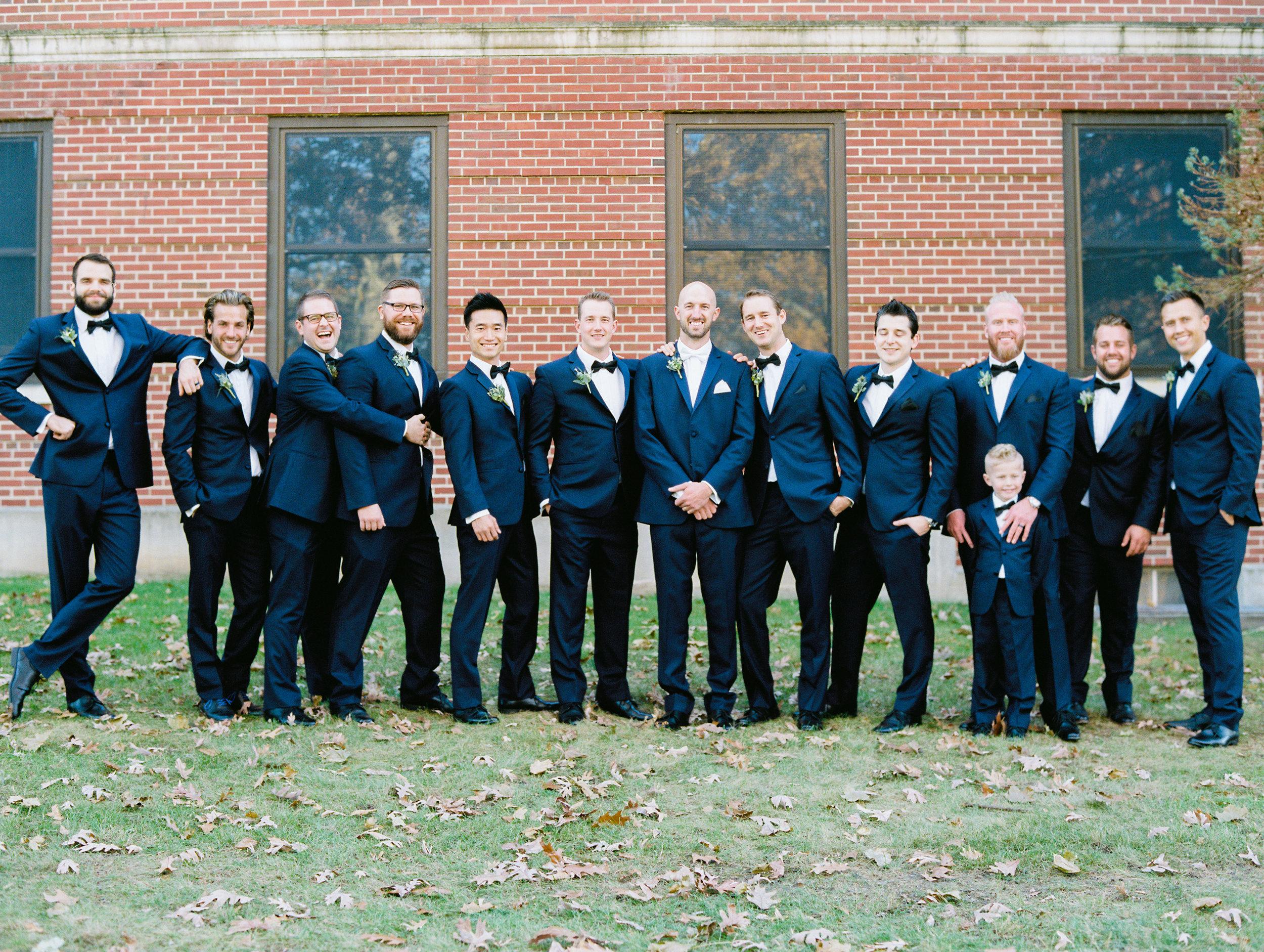 Vogelzang+Wedding+Groomsmen-31.jpg