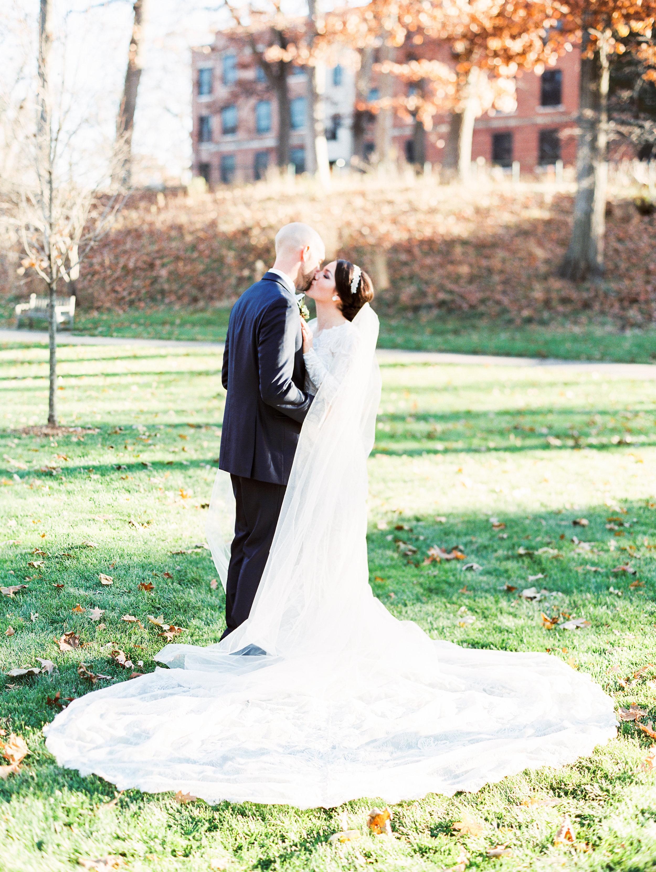 Vogelzang+Wedding+Bride+Groom-66.jpg