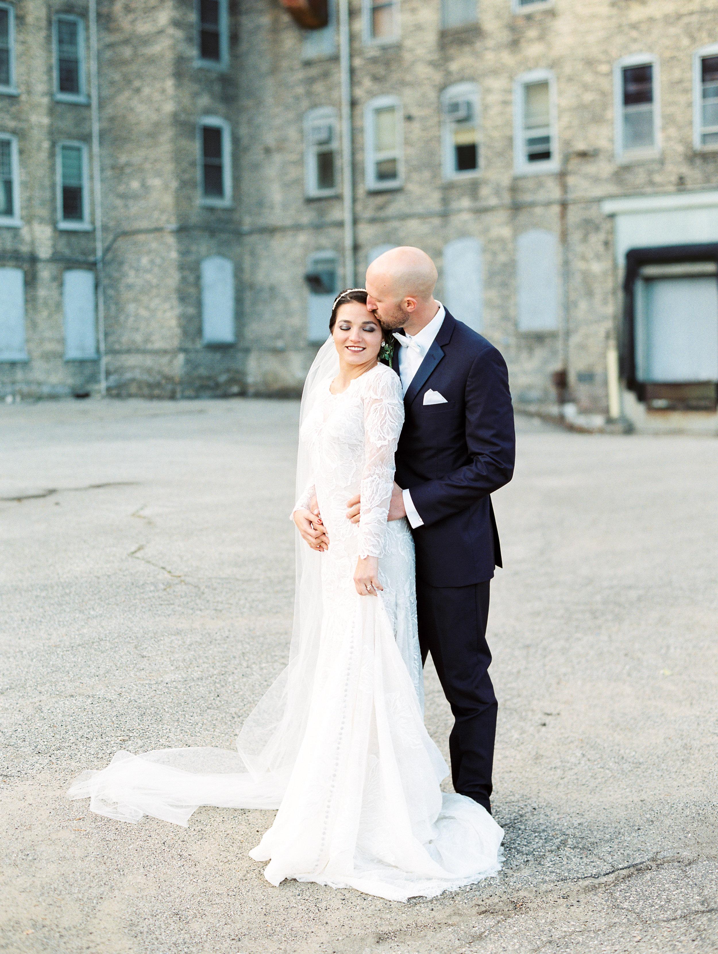 Vogelzang+Wedding+Bride+Groom-53.jpg
