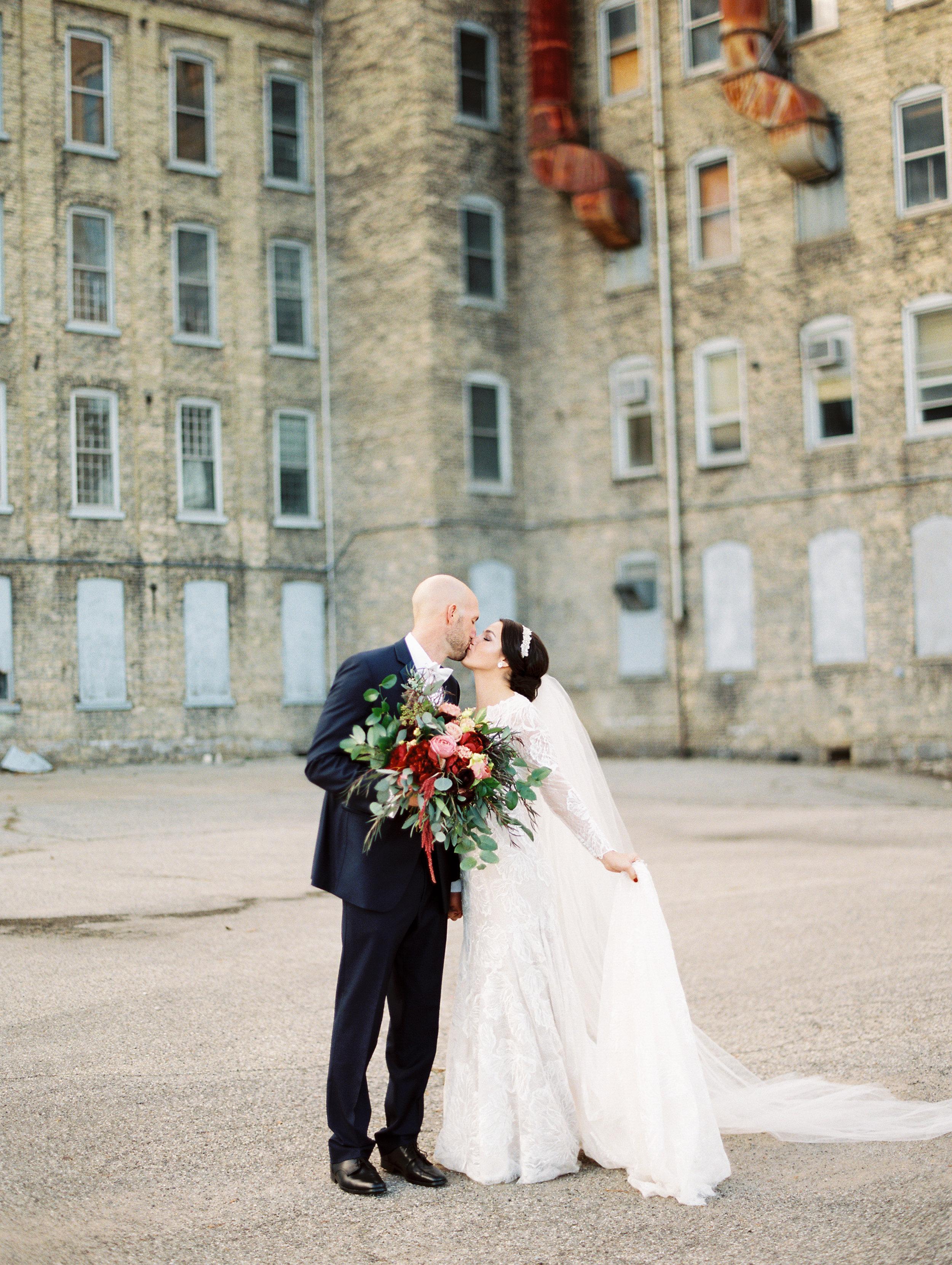 Vogelzang+Wedding+Bride+Groom-48.jpg