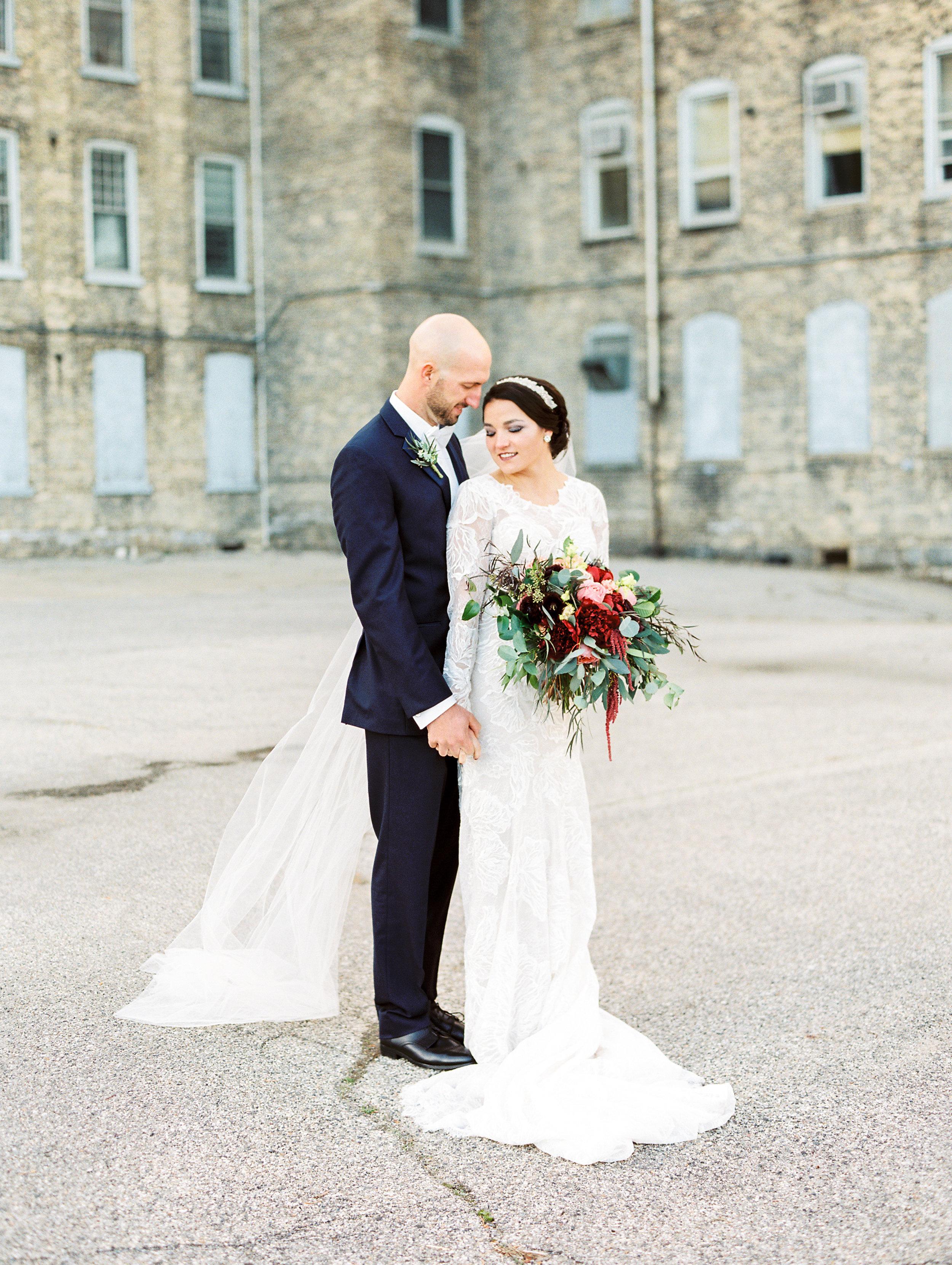 Vogelzang+Wedding+Bride+Groom-35.jpg