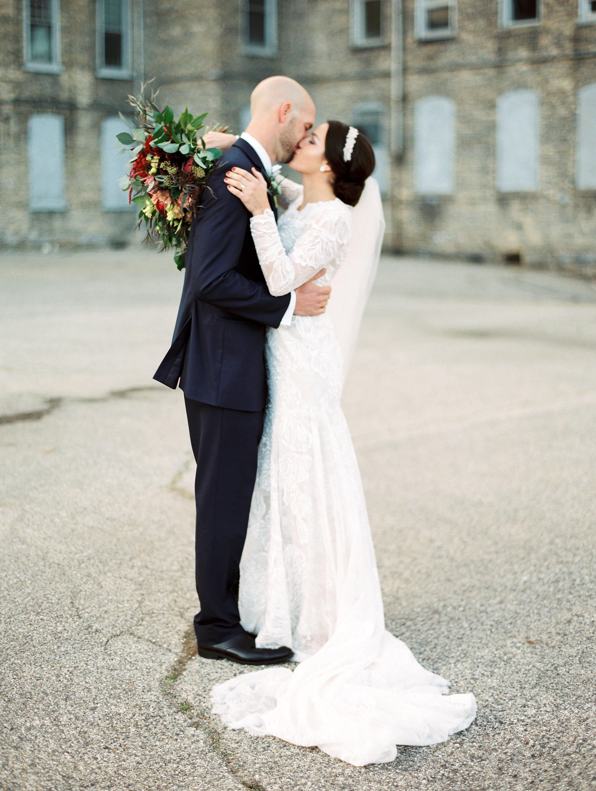 Vogelzang+Wedding+Bride+Groom-46.jpg