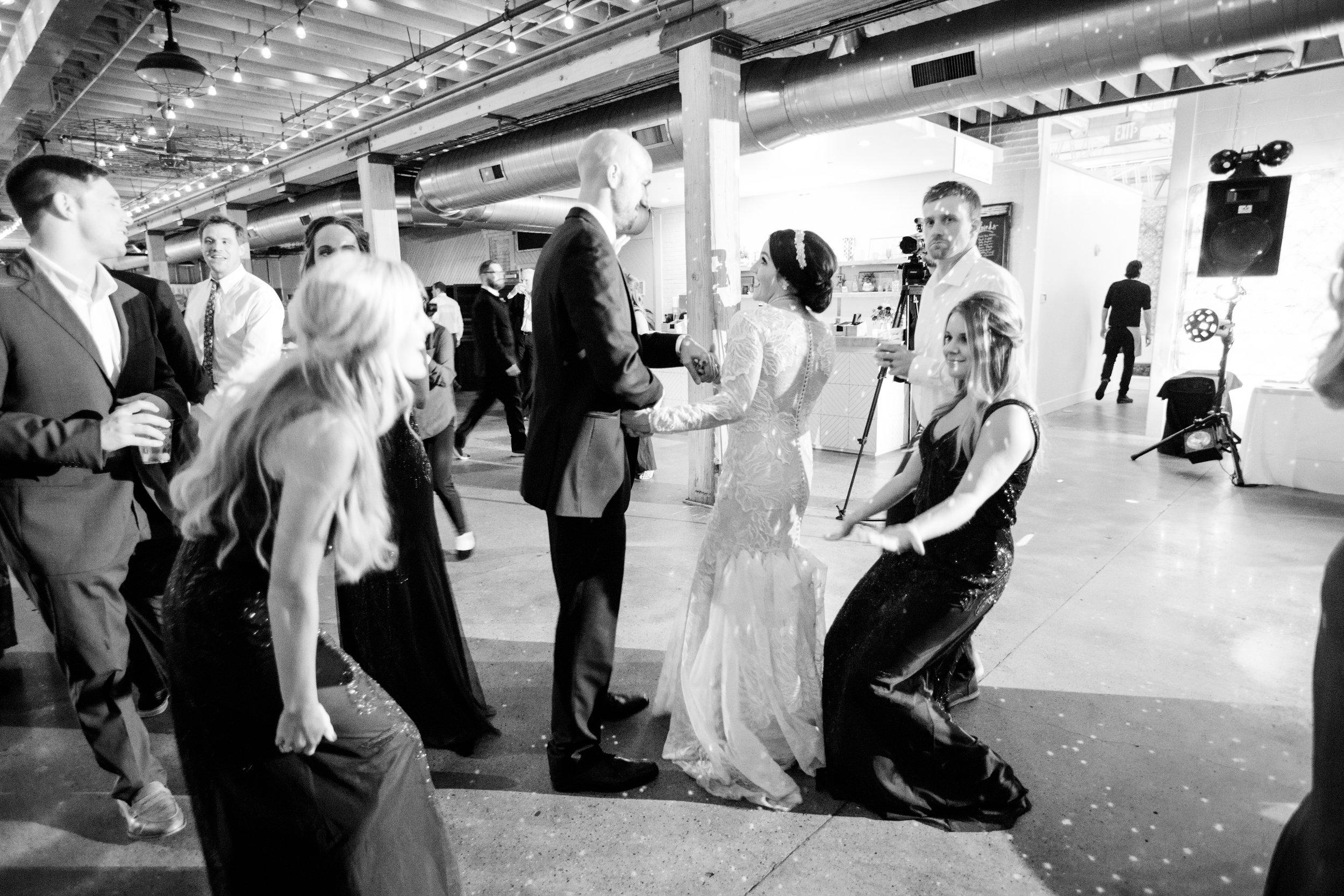 Vogelzang+Wedding+Reception+Dancing2-106.jpg