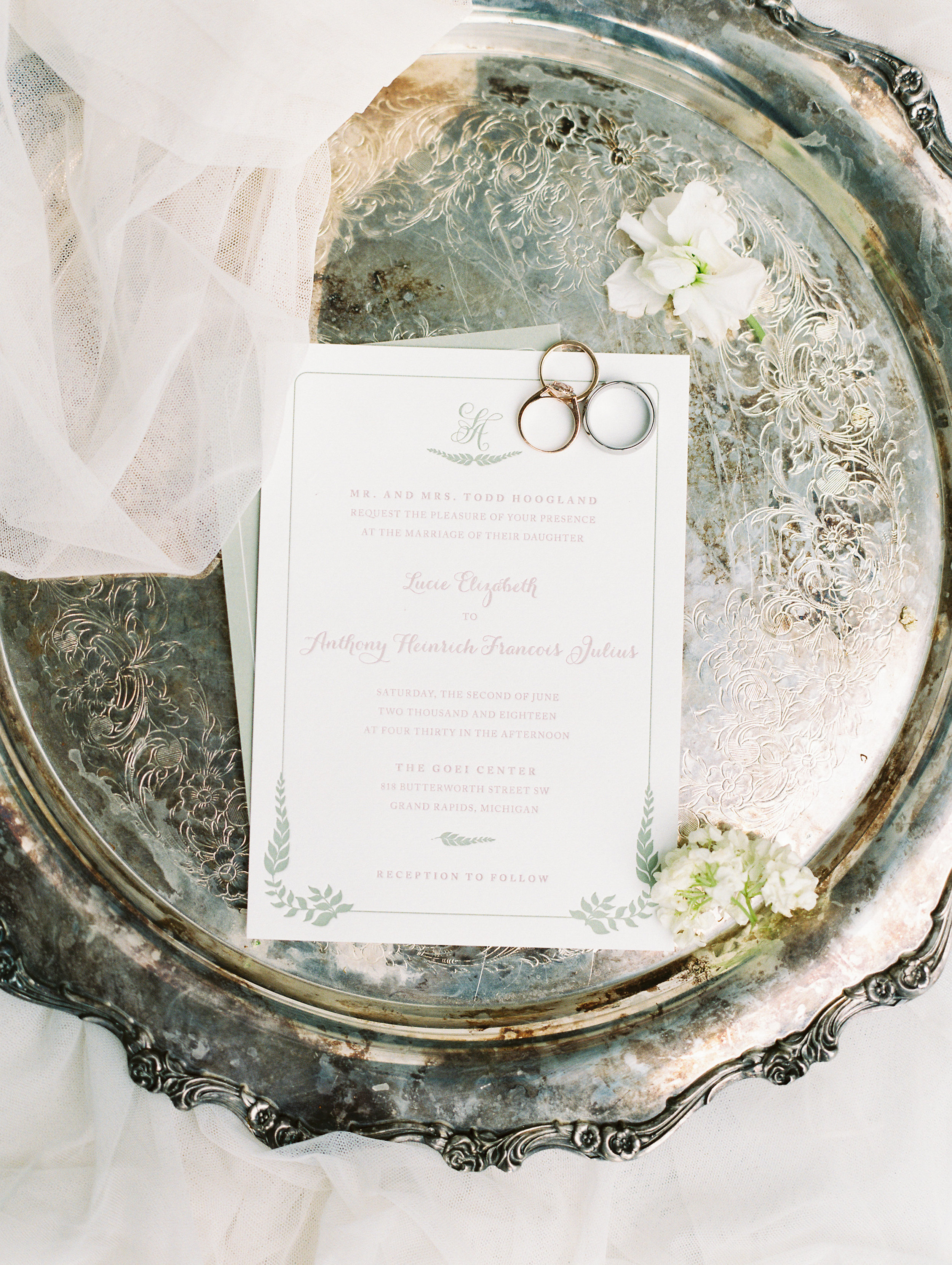 Julius+Wedding+Detailsf-32.jpg