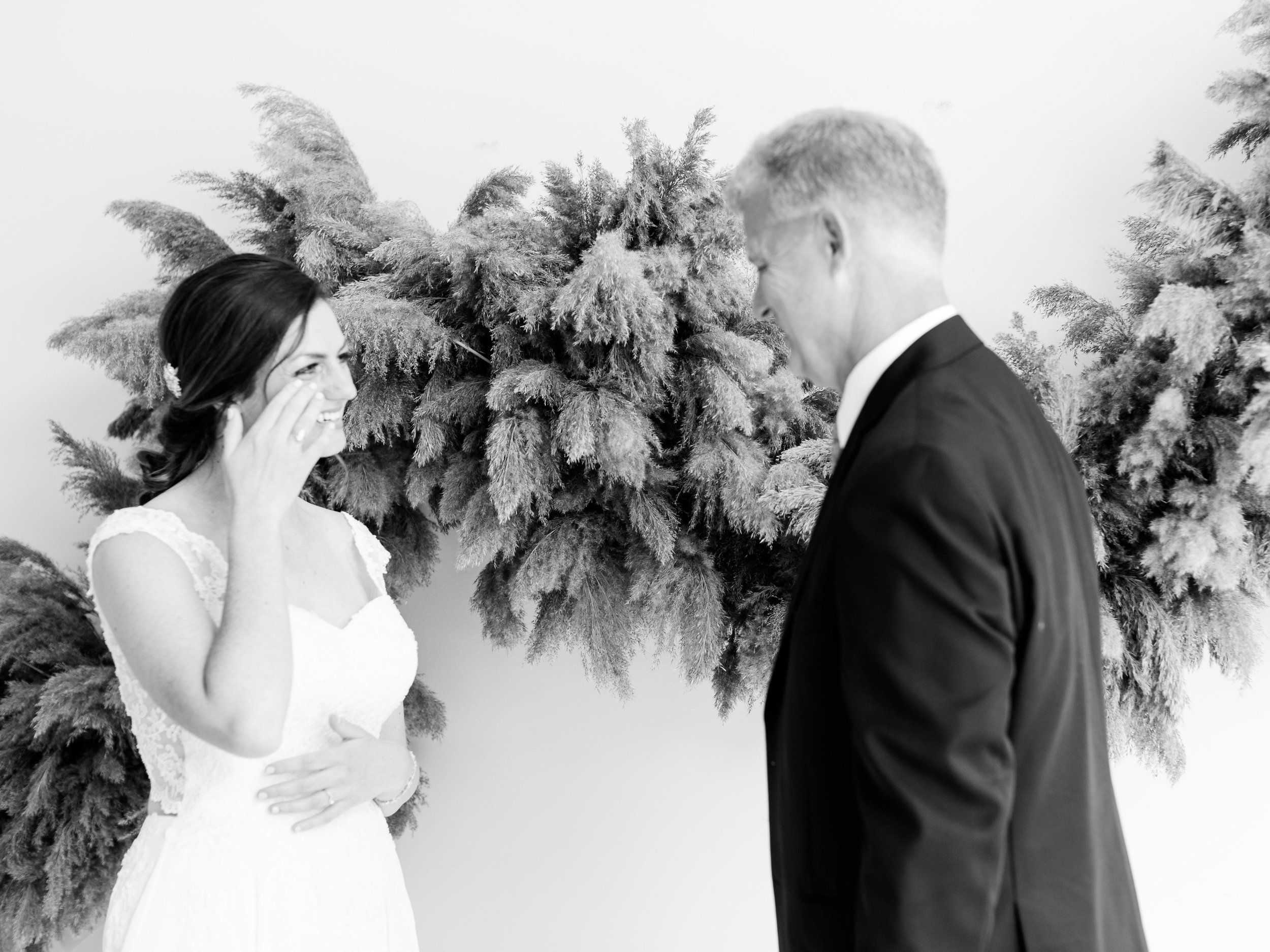 Julius+Wedding+FirstLook+Dad-8.jpg