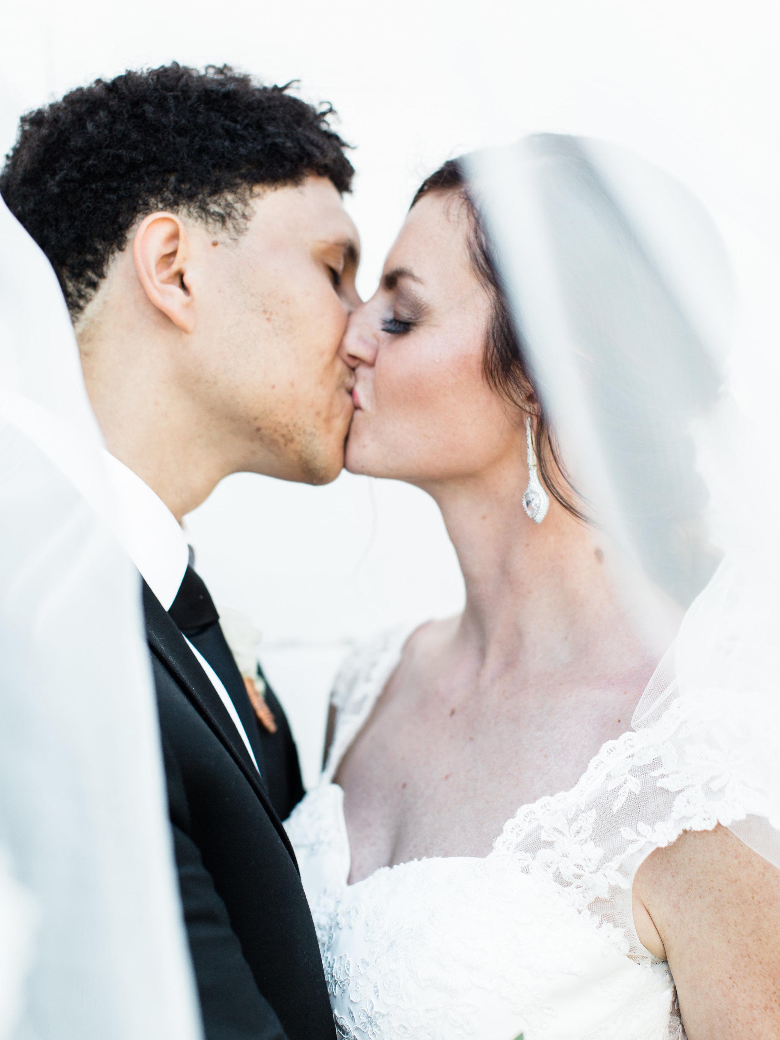 Julius+Wedding+BrideGroomb-9.jpg