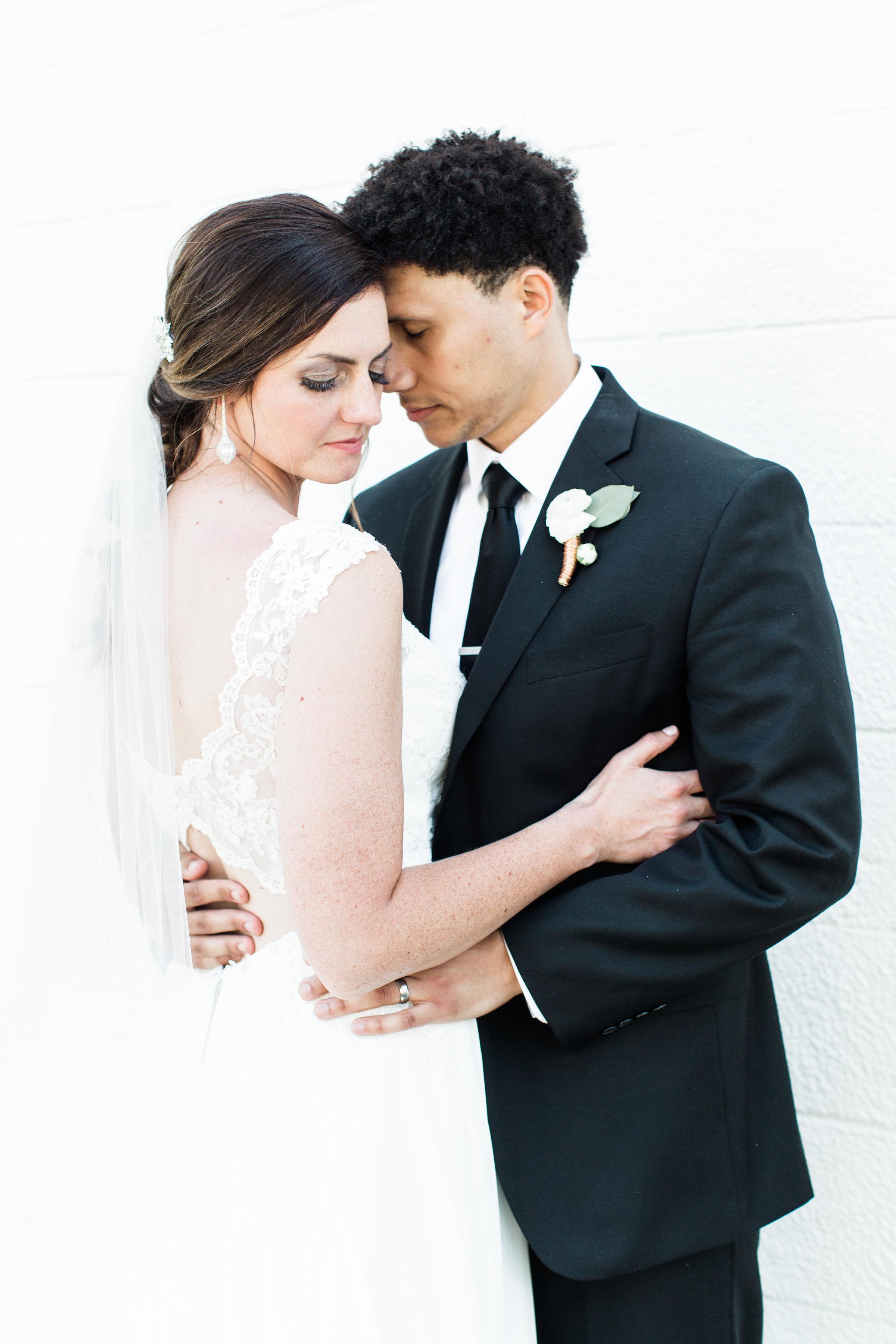 Julius+Wedding+BrideGroomb-24.jpg