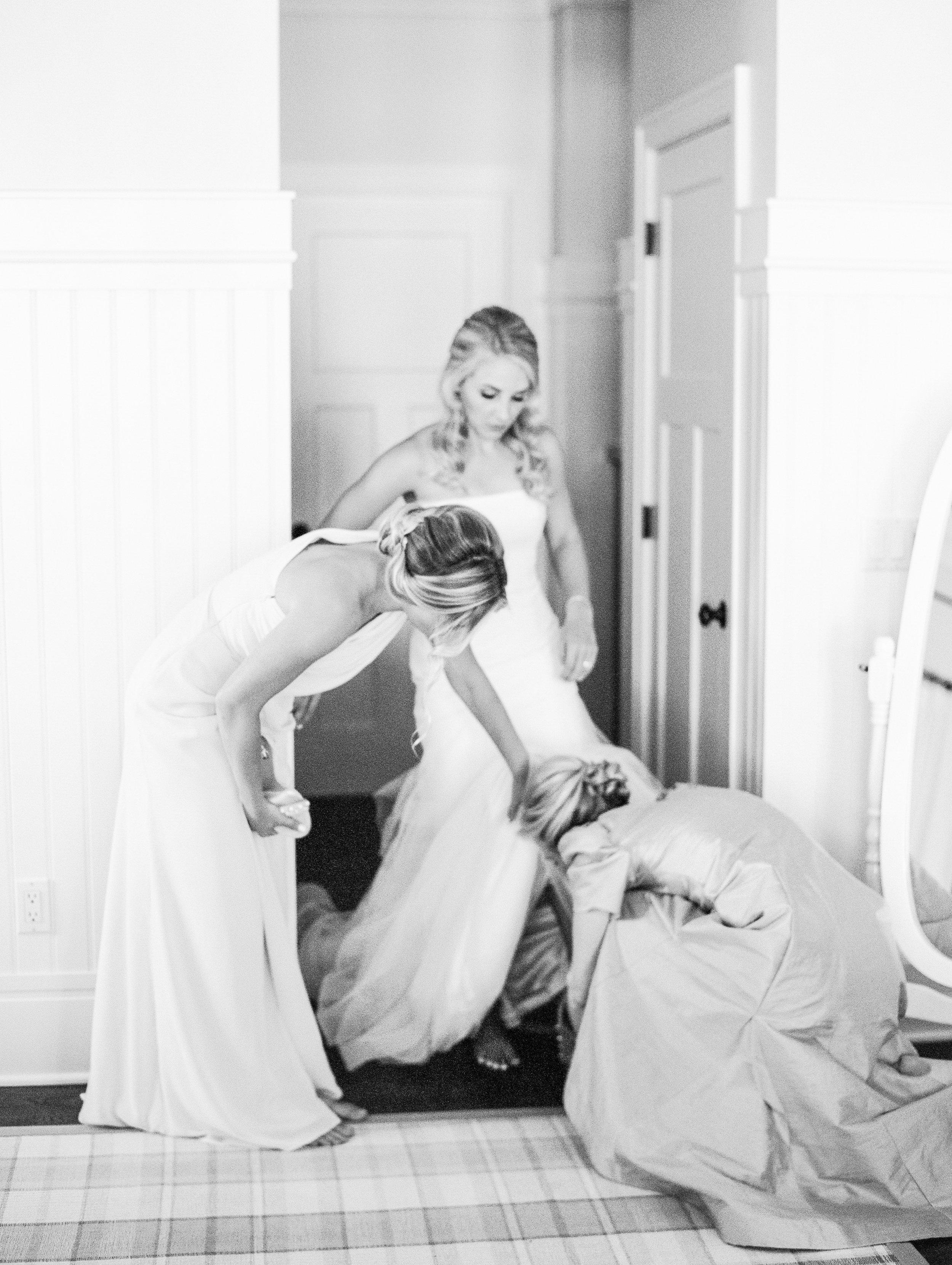 Coffman+Wedding+Getting+Ready+Girls-158.jpg
