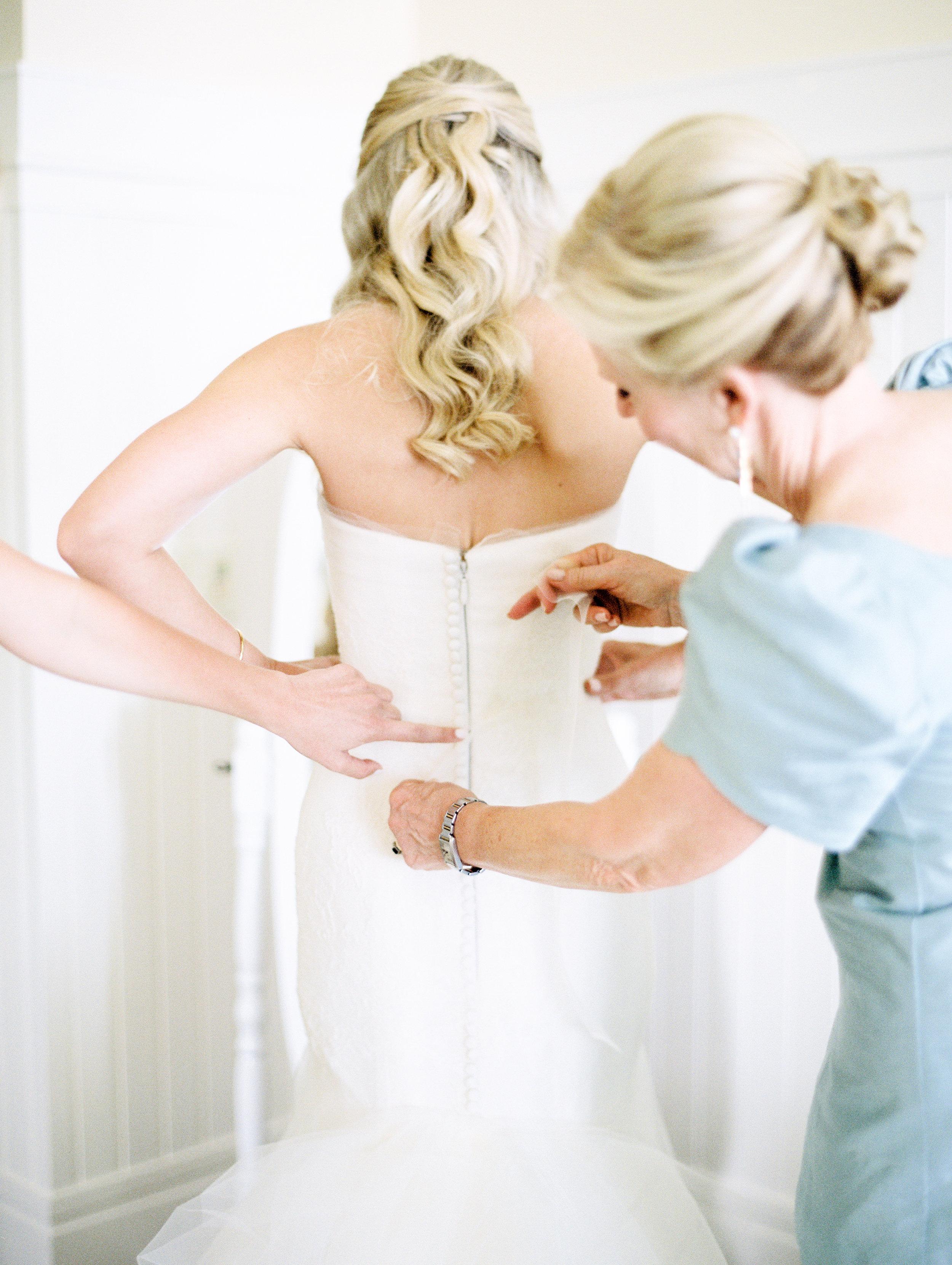 Coffman+Wedding+Getting+Ready+Girls-161.jpg