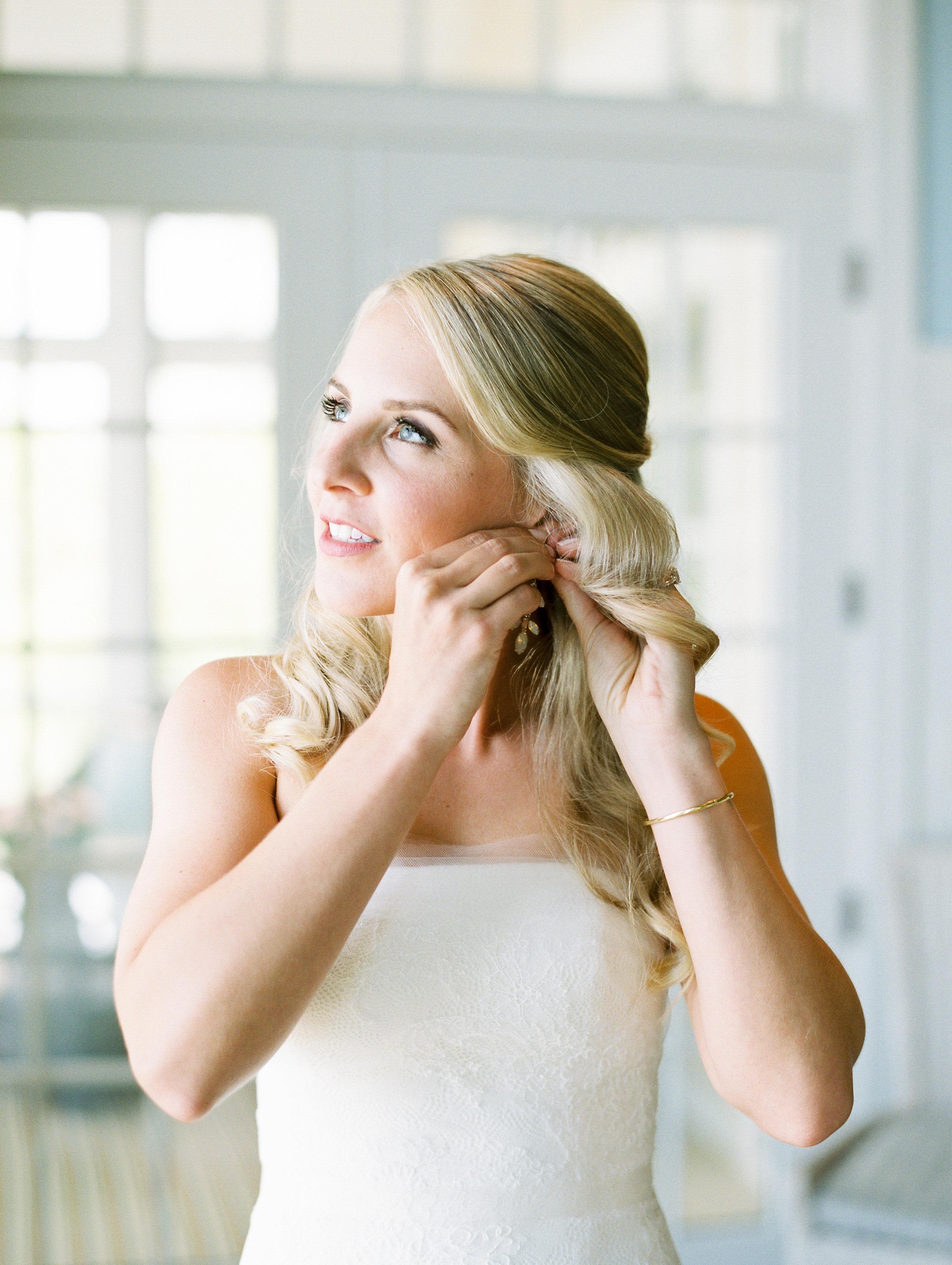 Coffman+Wedding+Getting+Ready+Girls-165.jpg
