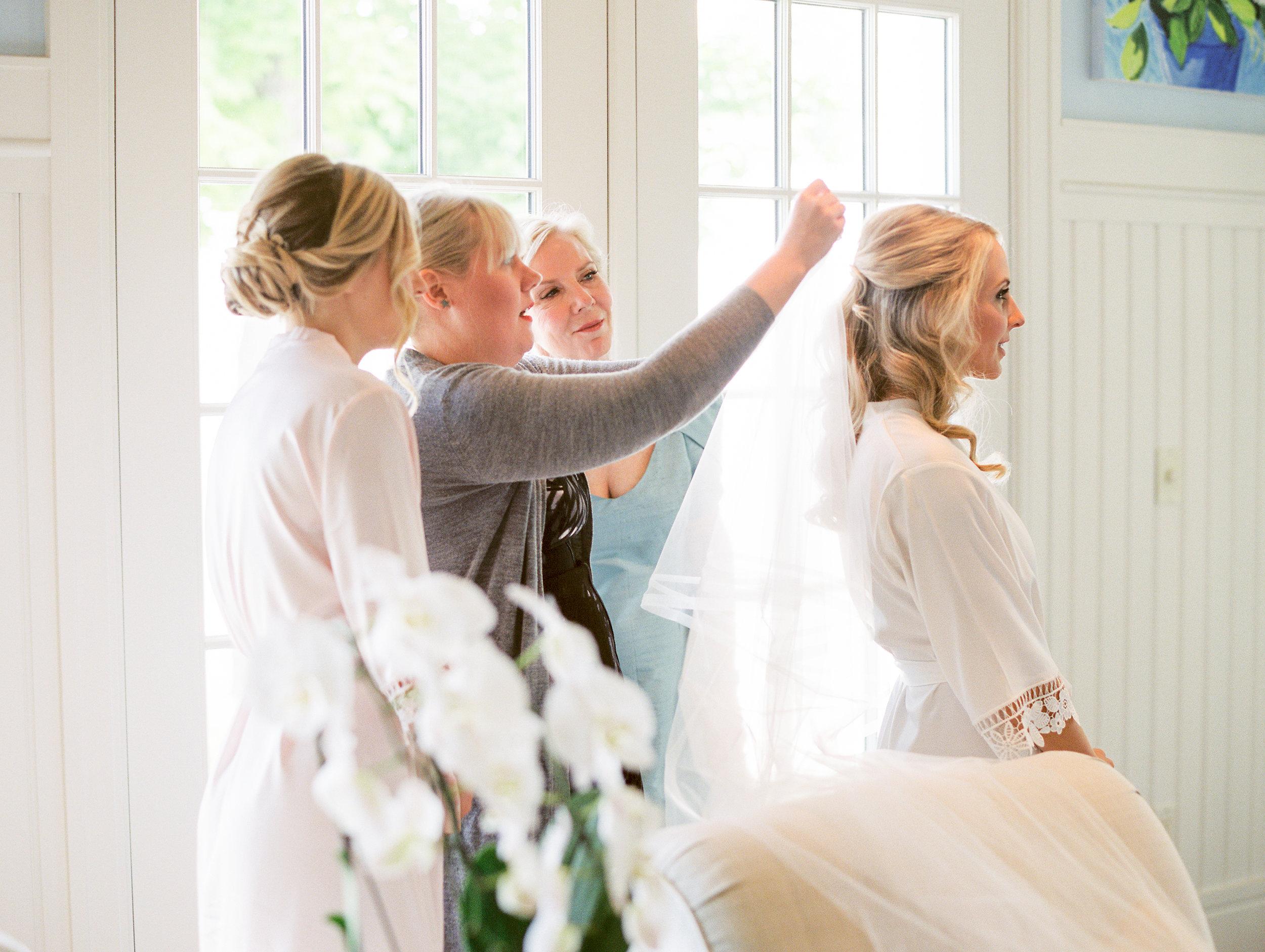 Coffman+Wedding+Getting+Ready+Girls-145.jpg