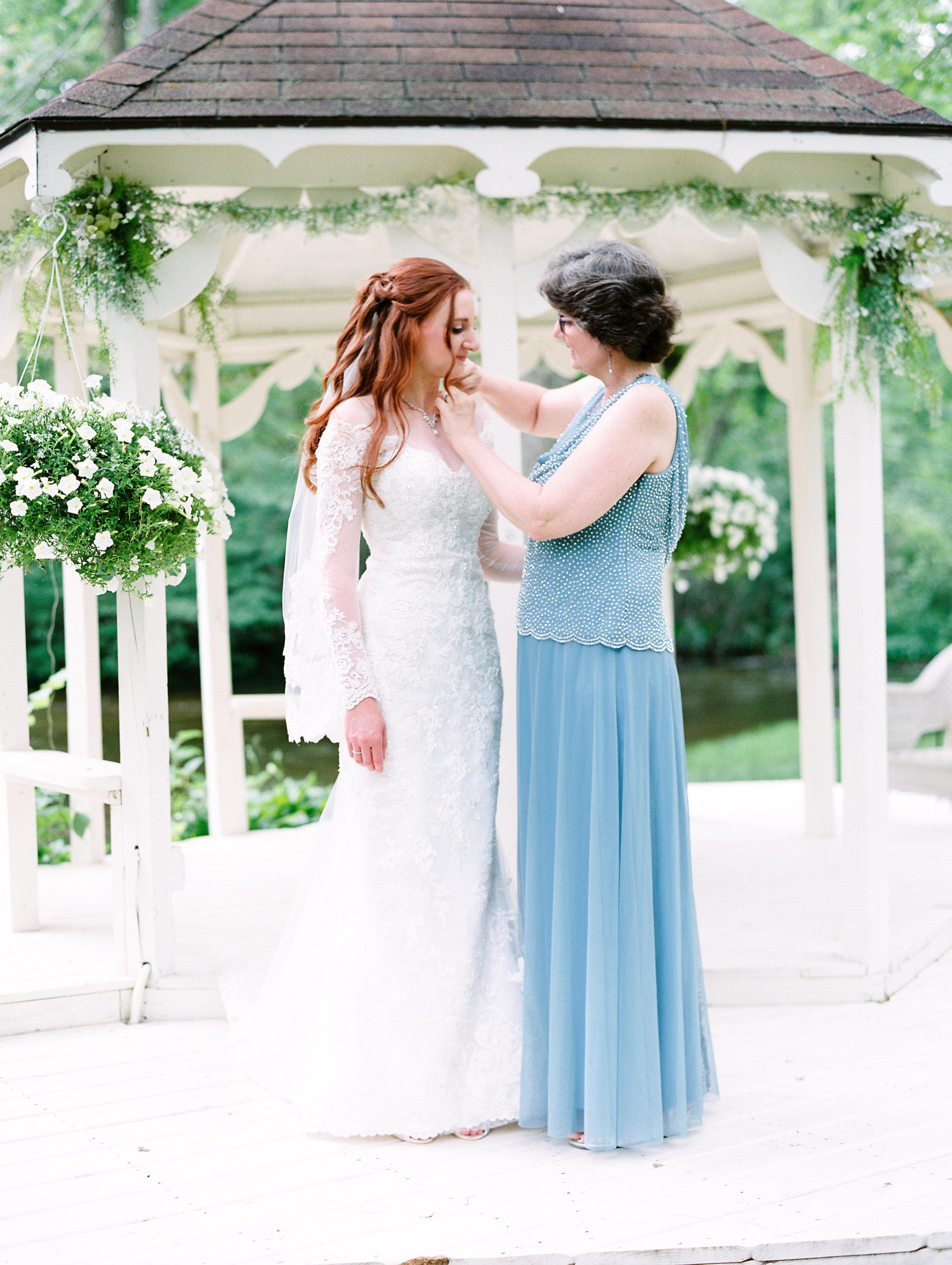 Conger+Wedding+Getting+Ready-76.jpg