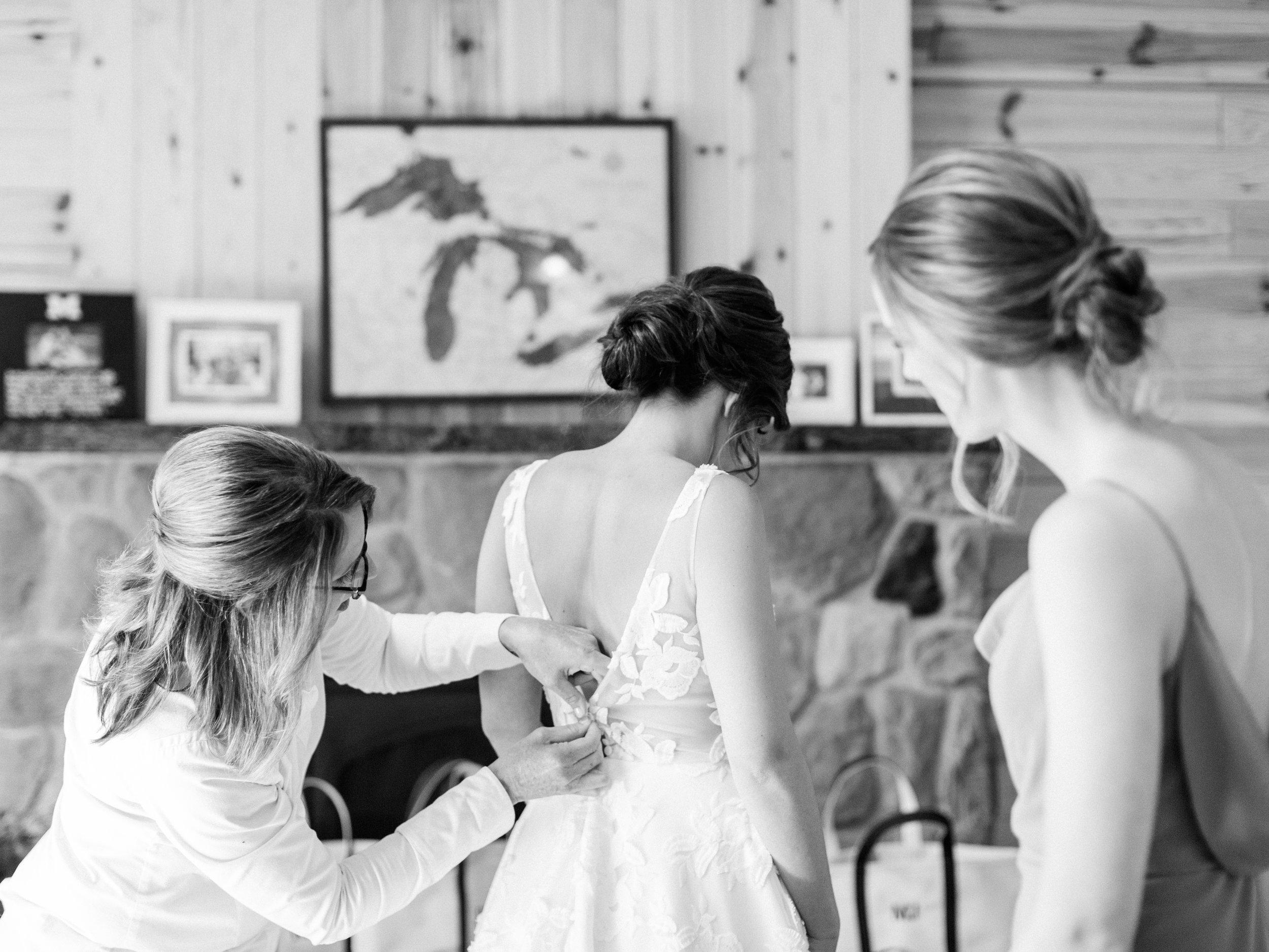 Deguilio+Wedding+Girls+getting+ready-81.jpg
