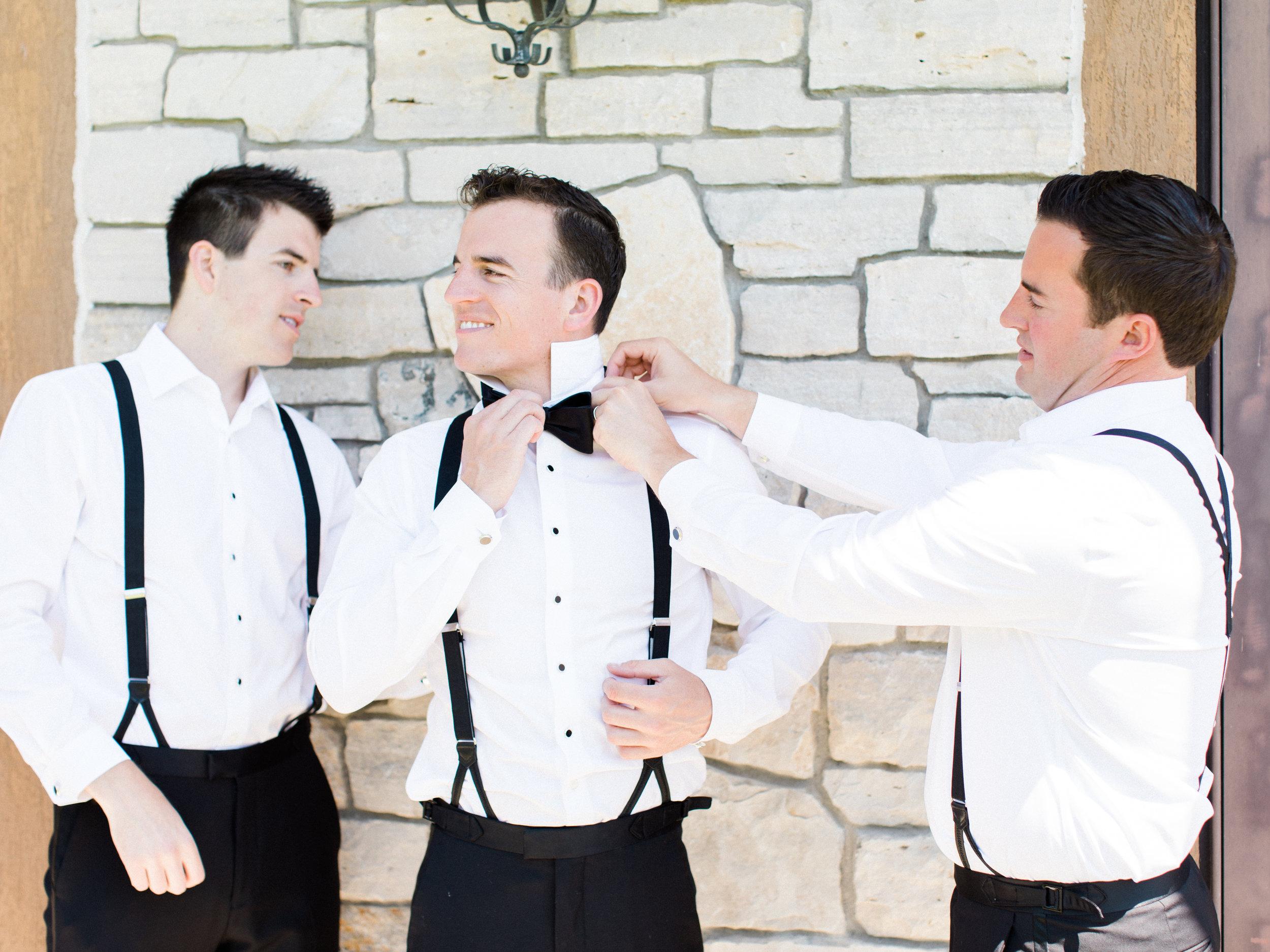 Deguilio+Wedding+Guys+getting+ready-29.jpg