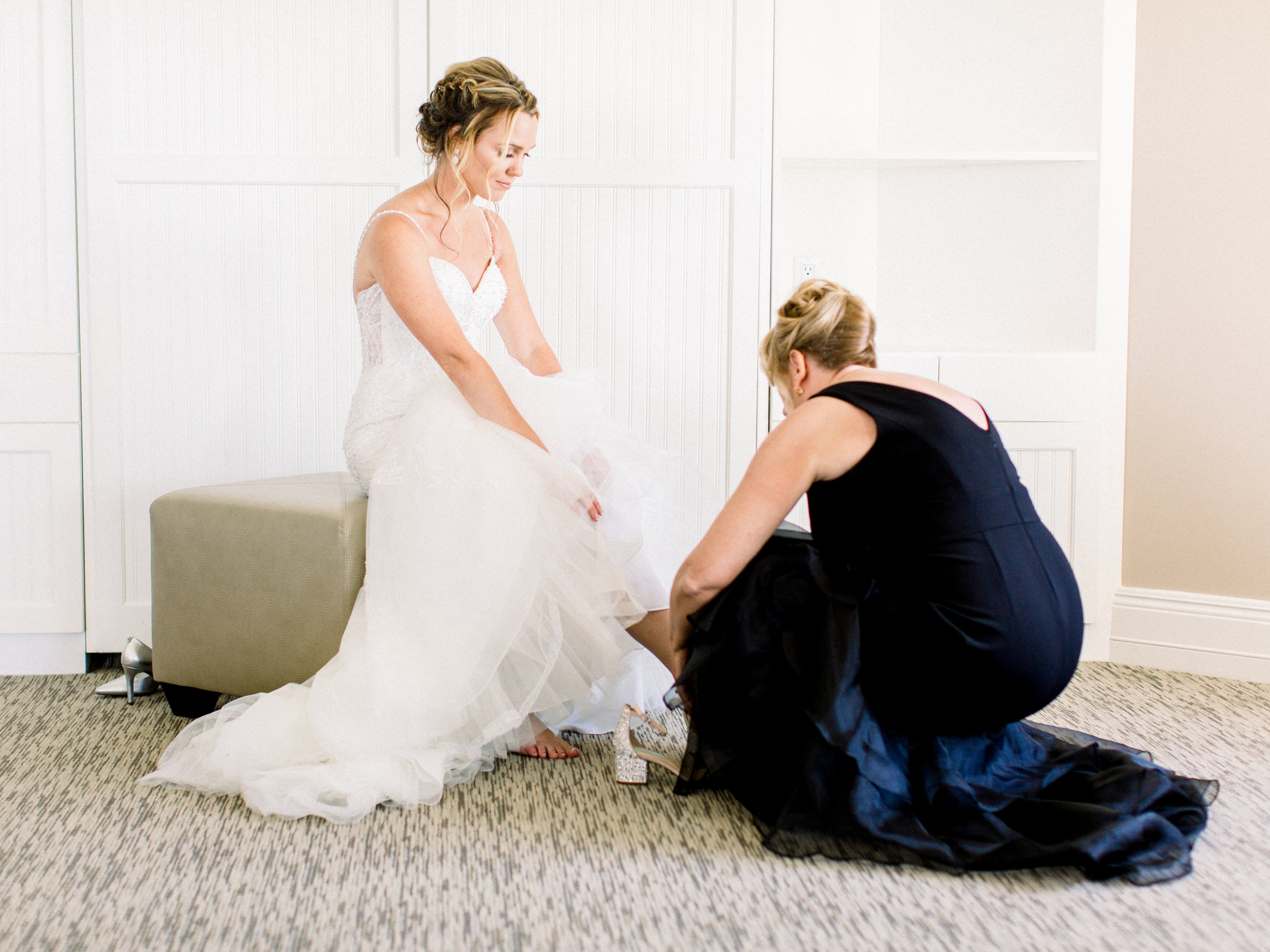 Noss+Wedding+Getting+Ready-131.jpg