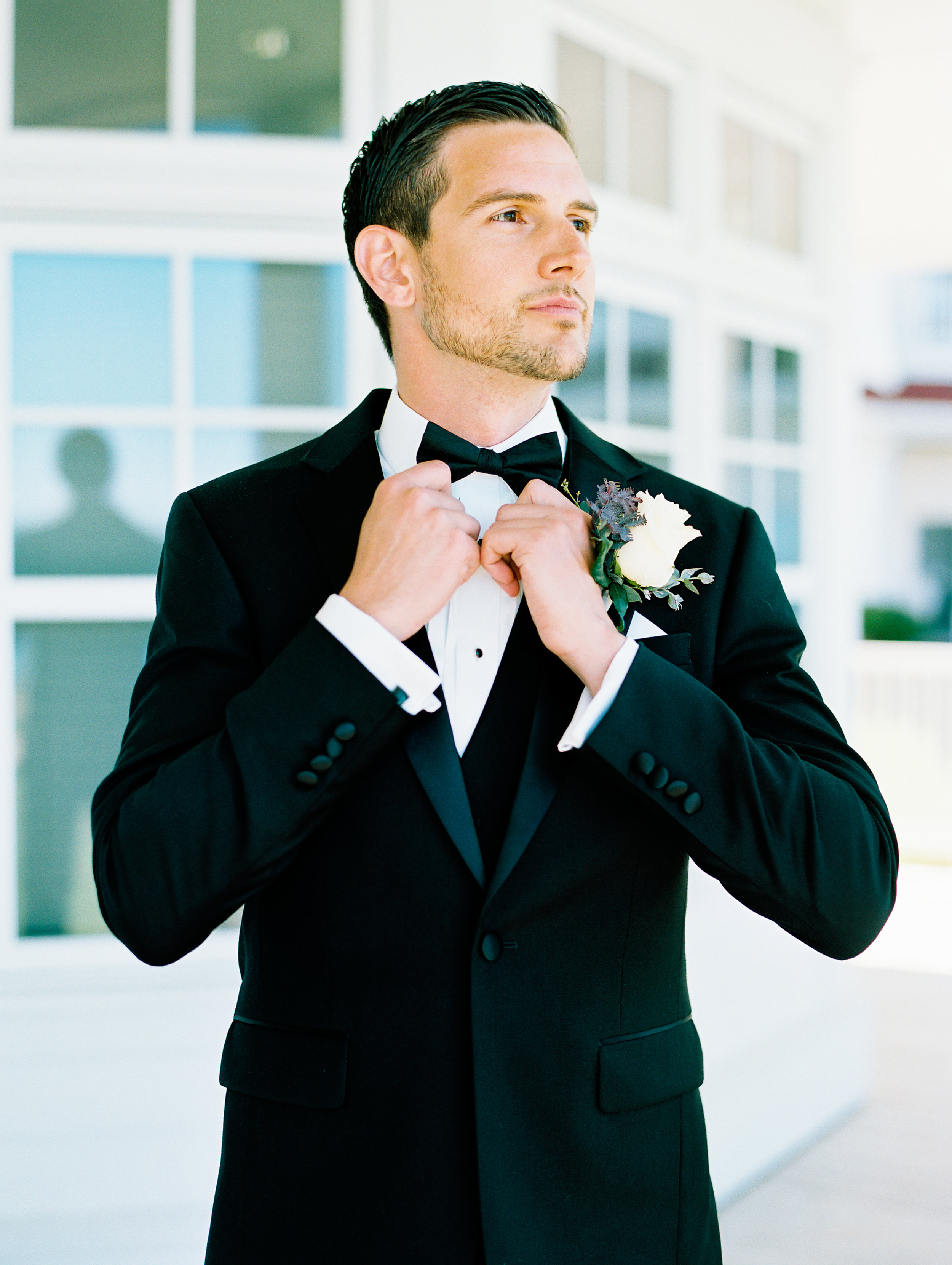 Noss+Wedding+Groom+Groomsmen-29.jpg