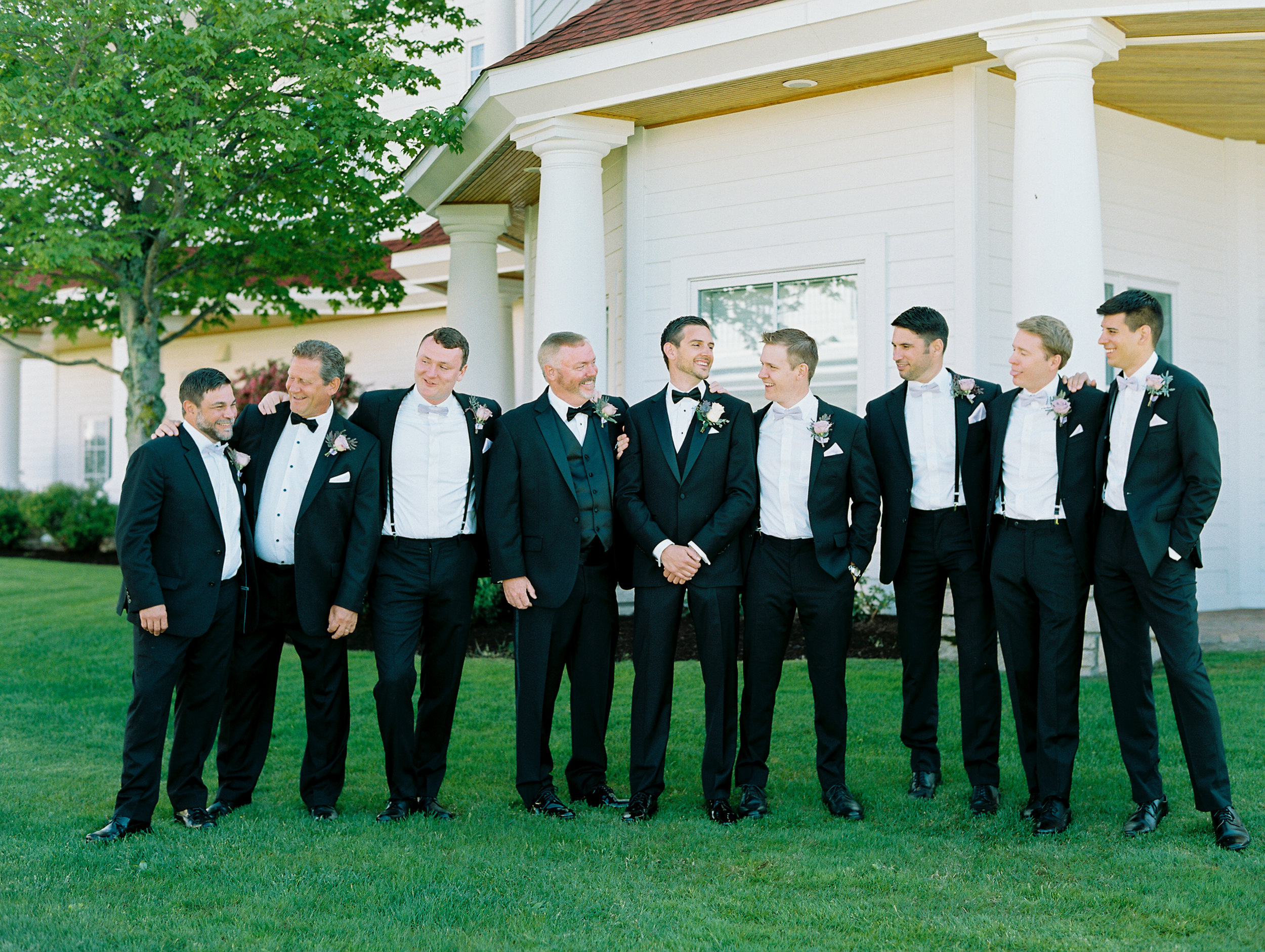 Noss+Wedding+Groom+Groomsmen-32.jpg